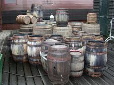 objects wooden barrel barrels voc wic storage