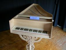paul horstman objects instruments music musical piano clavecimbel keyboard wood carving carvings keys