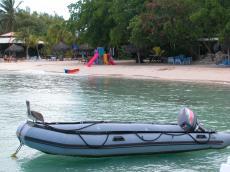 jacco curacao pelican birds vehicles water beach beachscapes zodiac