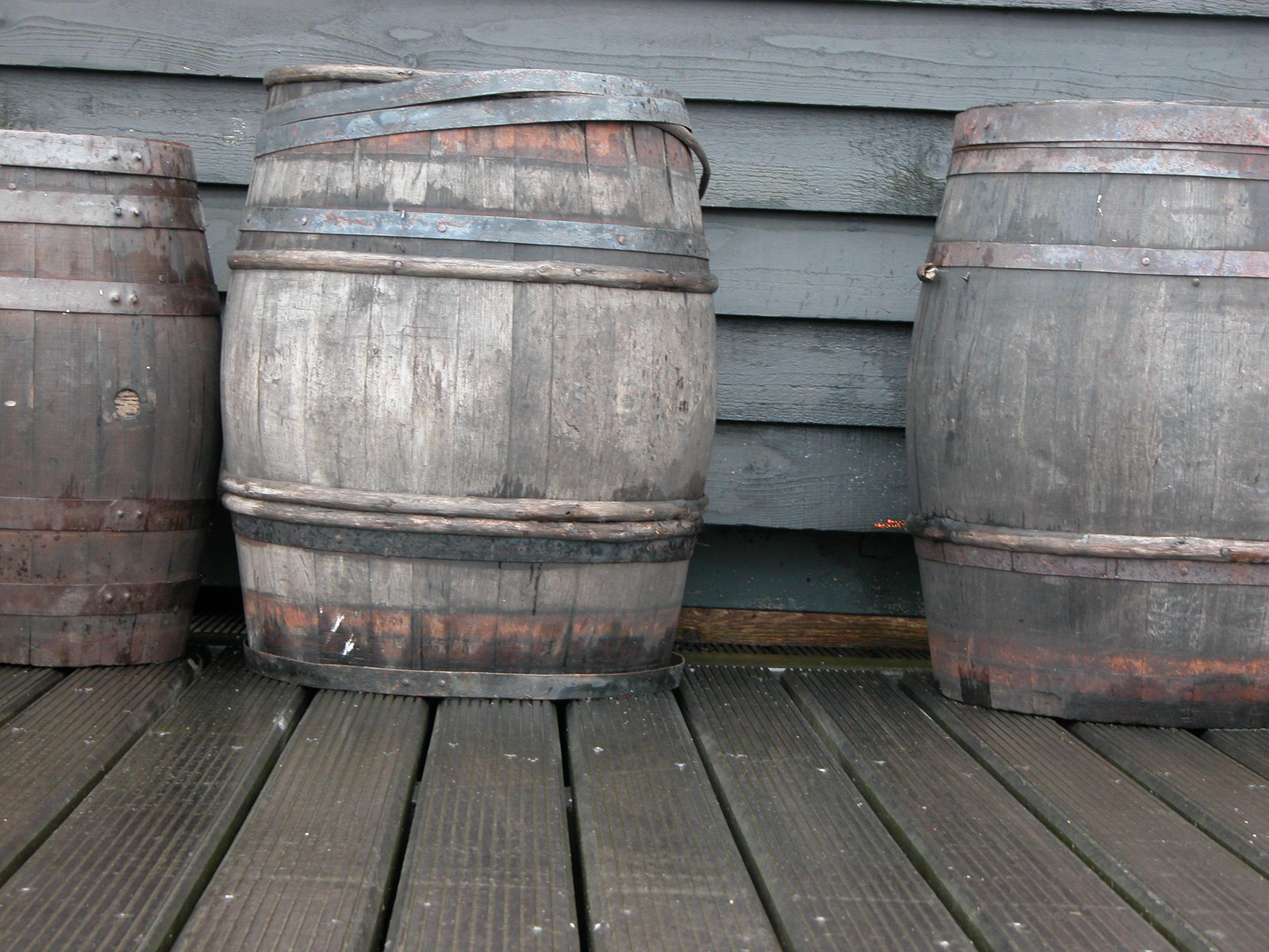 objects barrel wooden barrels voc wic wine water transport