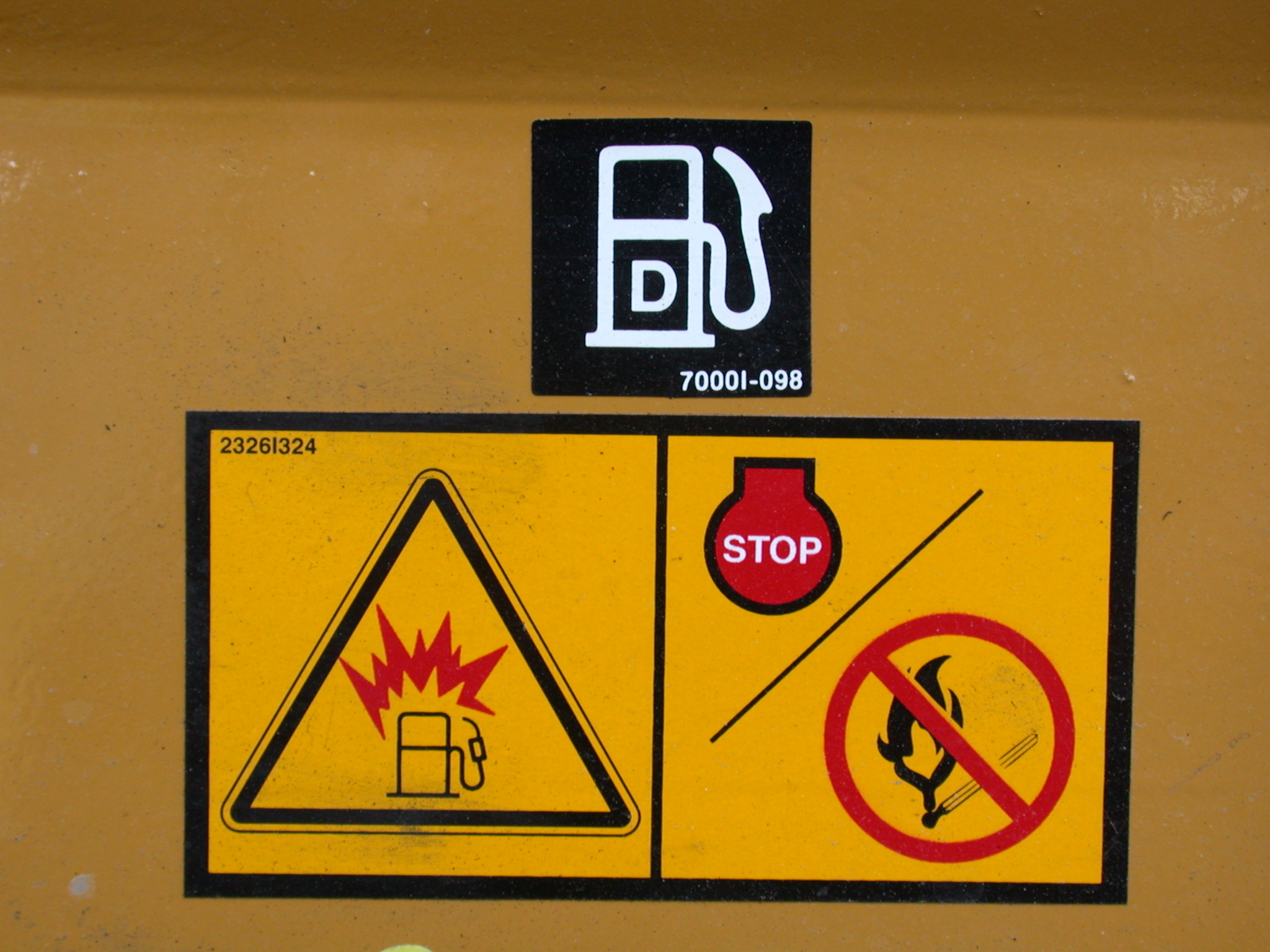 signs uel gas explosion danger inflammable