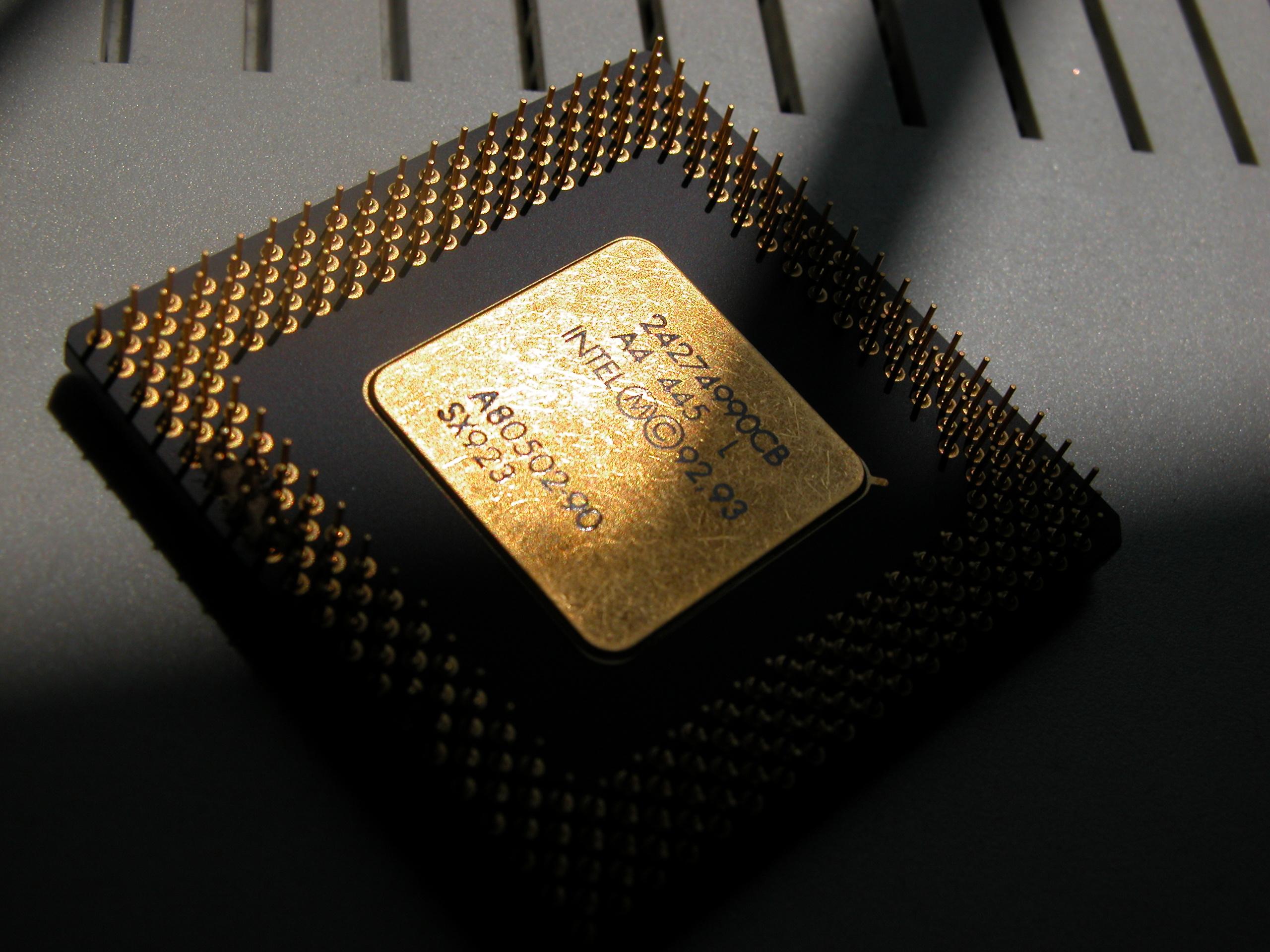 pentium I 1 one processor chip