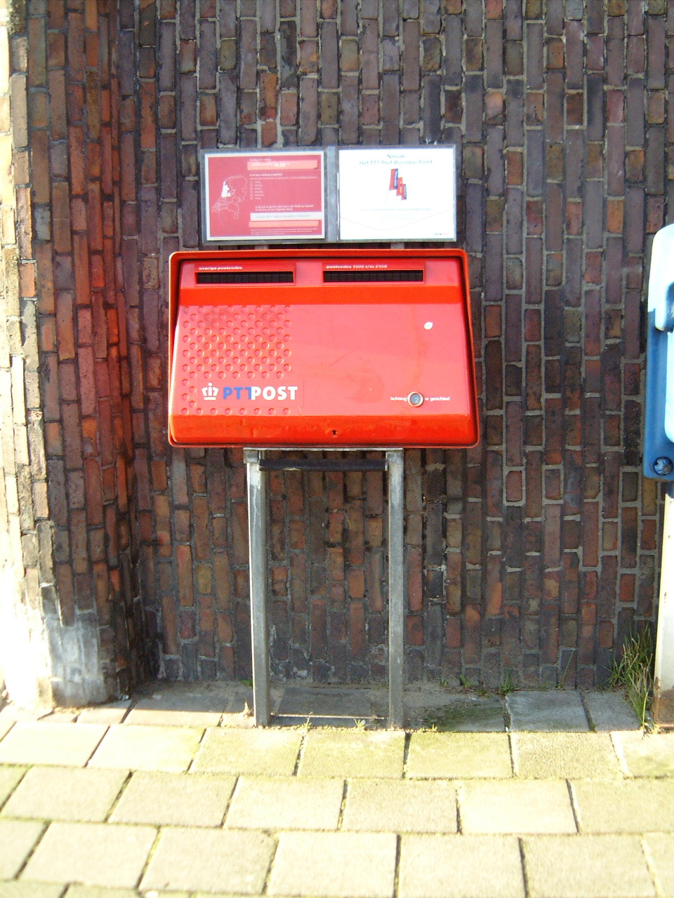 post box letter box postbox letterbox letters posting red slot postal ptt maarten maartent