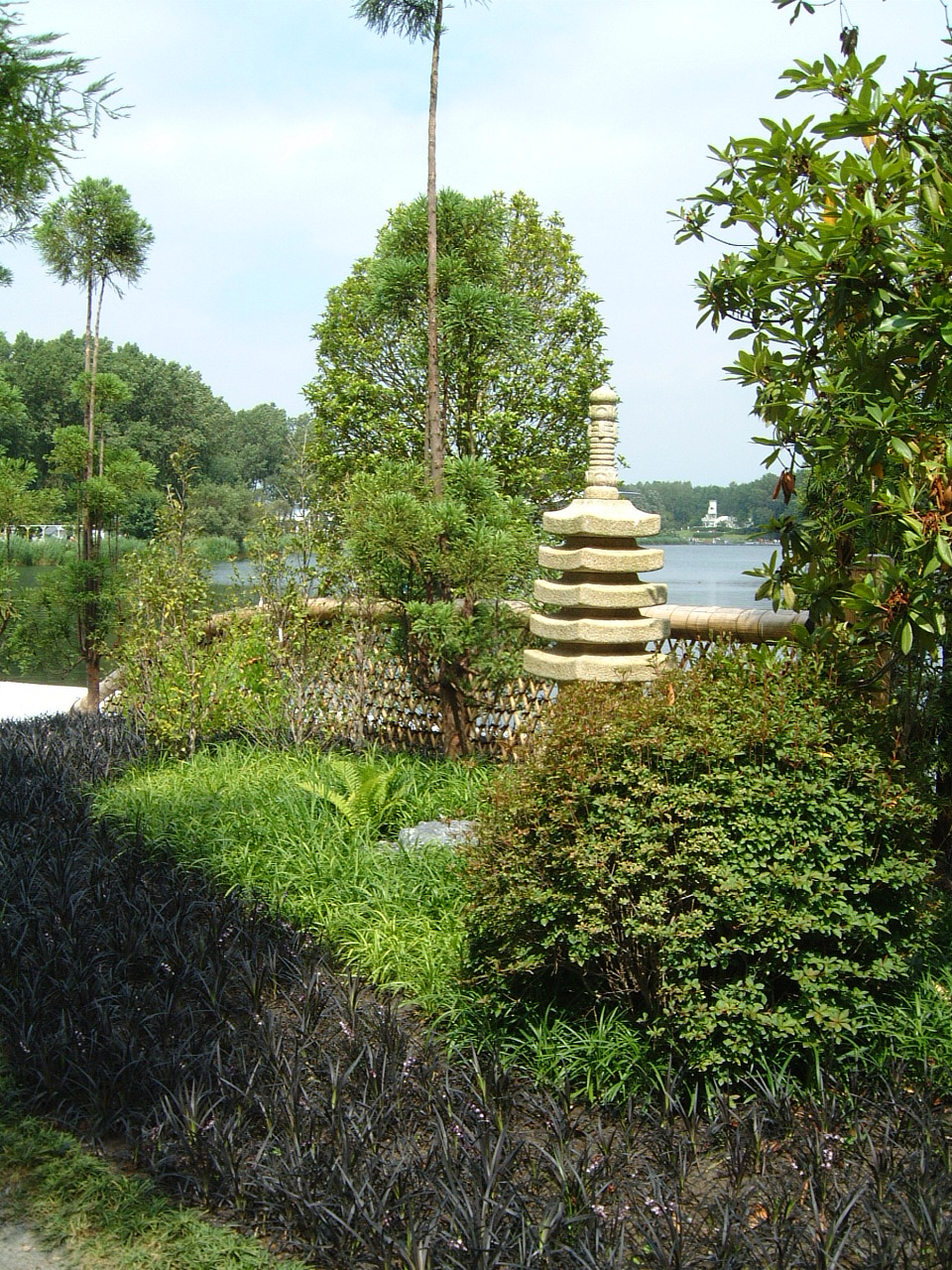maartent japanesegarden garden japanese nature landscapes tower ornament bush bushes