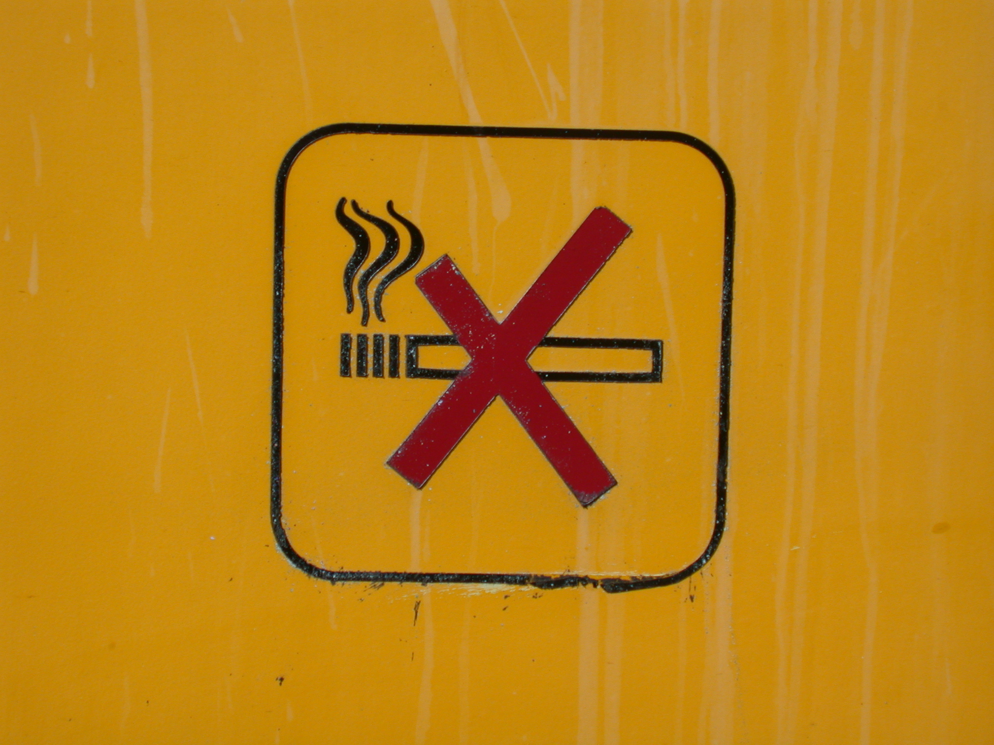no smoking no-smoking nosmoking sign cross red yellow forbidden to smoke