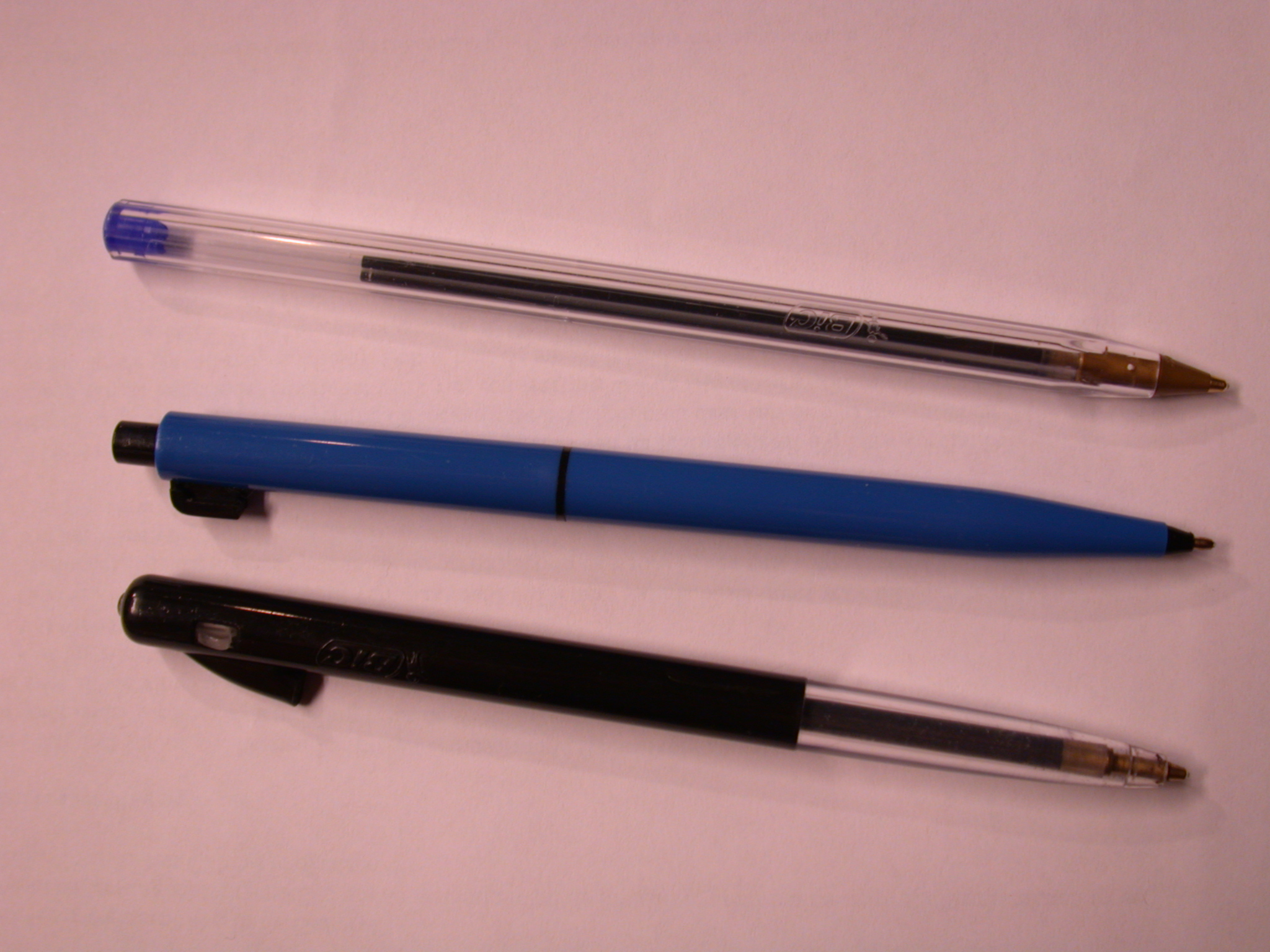 objects household pen pencil pens pencils writing plastic bic bics ballpoint ballpoints