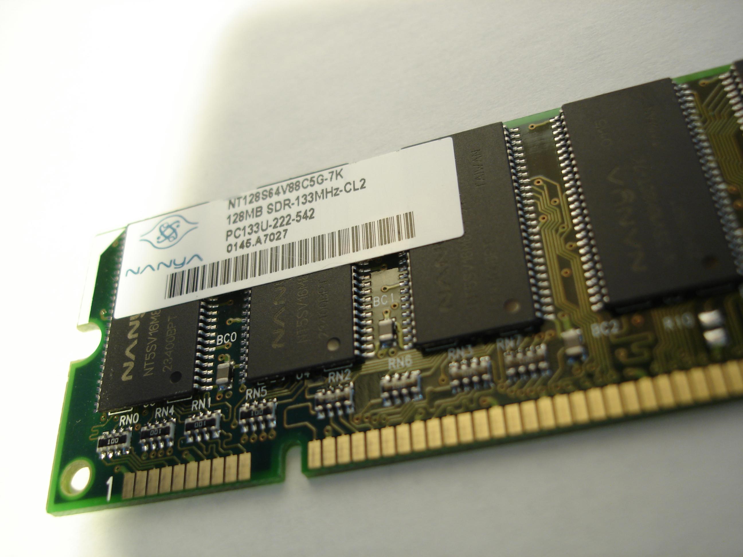 brandon chip memory ram computer pc part ddr ddr2 sdram nanya 128MB