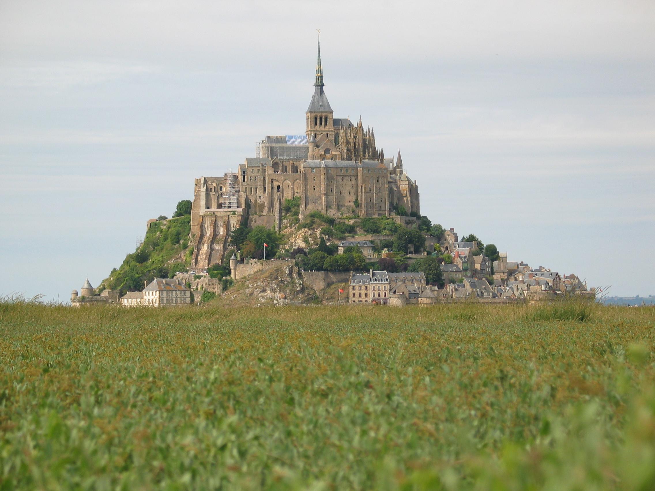 geoff_vane mont saint michel city tower hill island