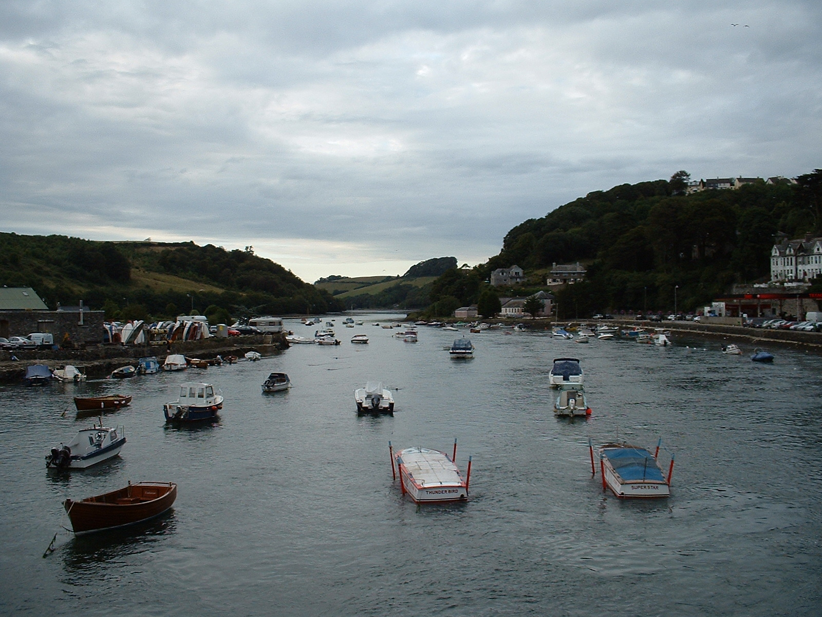 htoml boats on water little ships channel