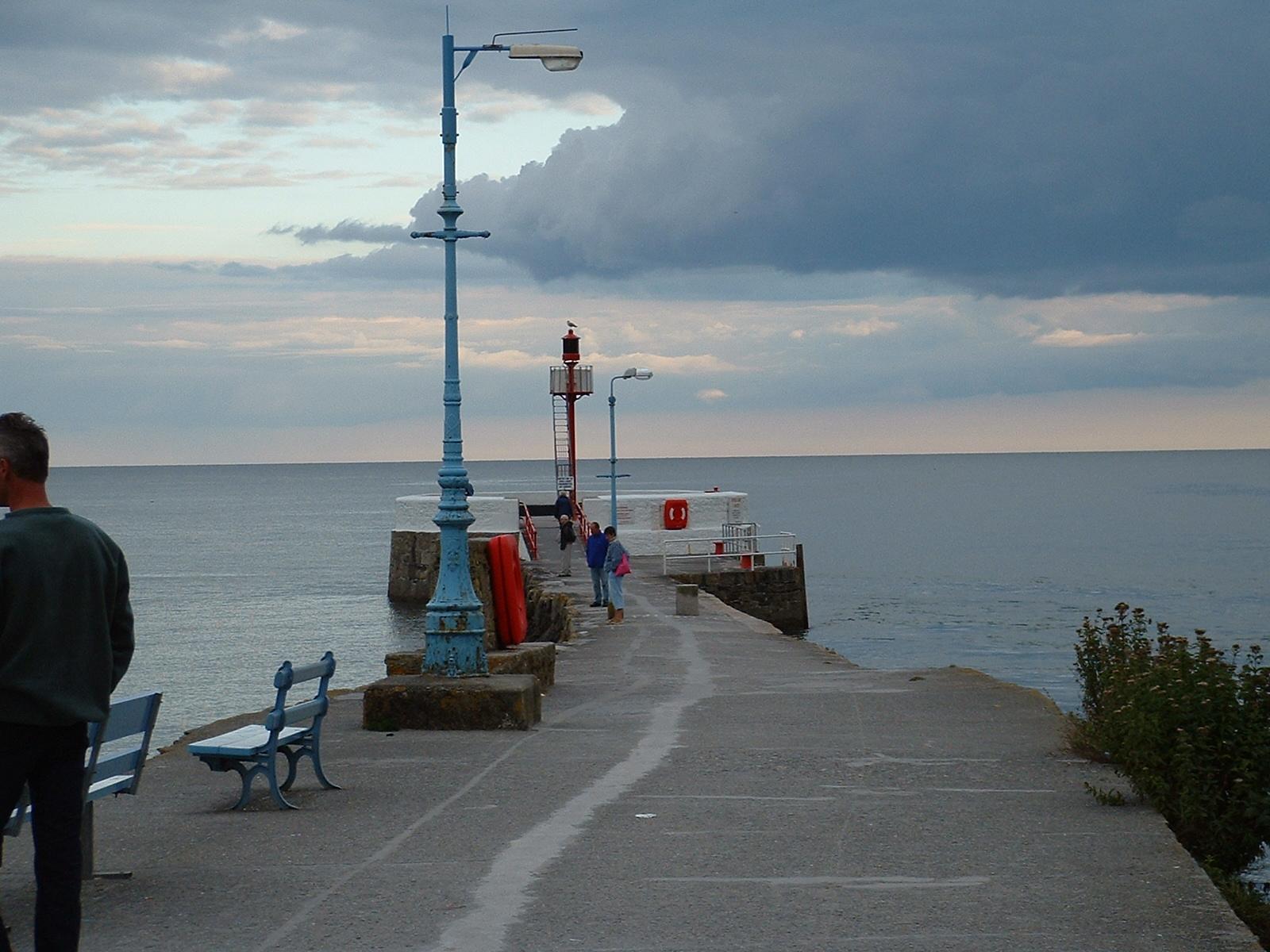 htoml sea coast clouds