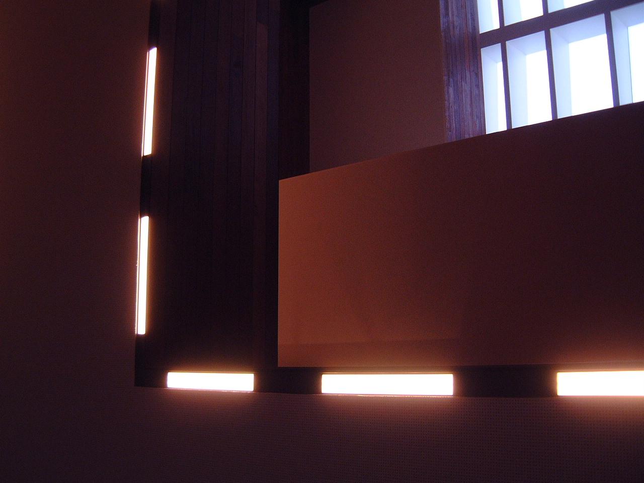 maartent lights tl tube light exposition