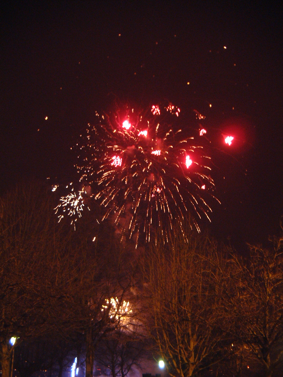 maartent fireworks red colours bright new year eve celebrations