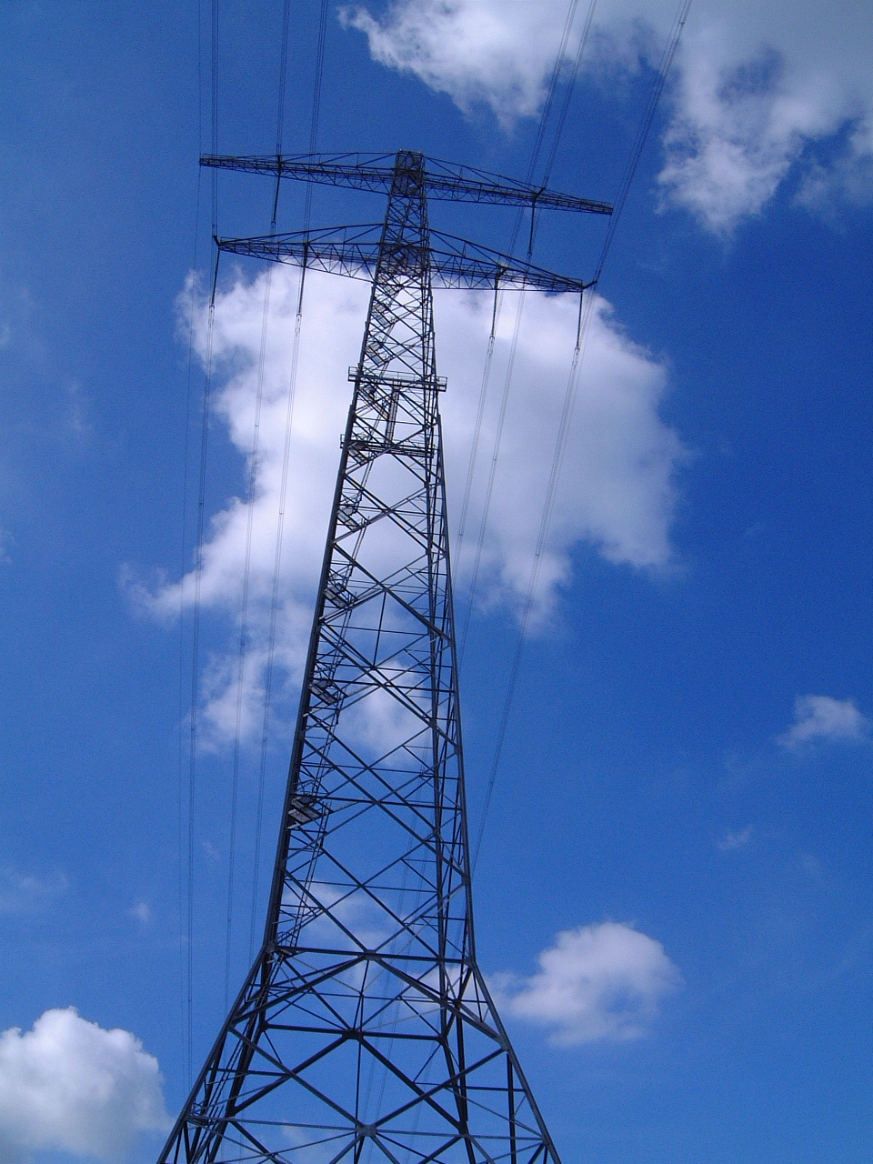 maartent power lines tower line pylon pillar
