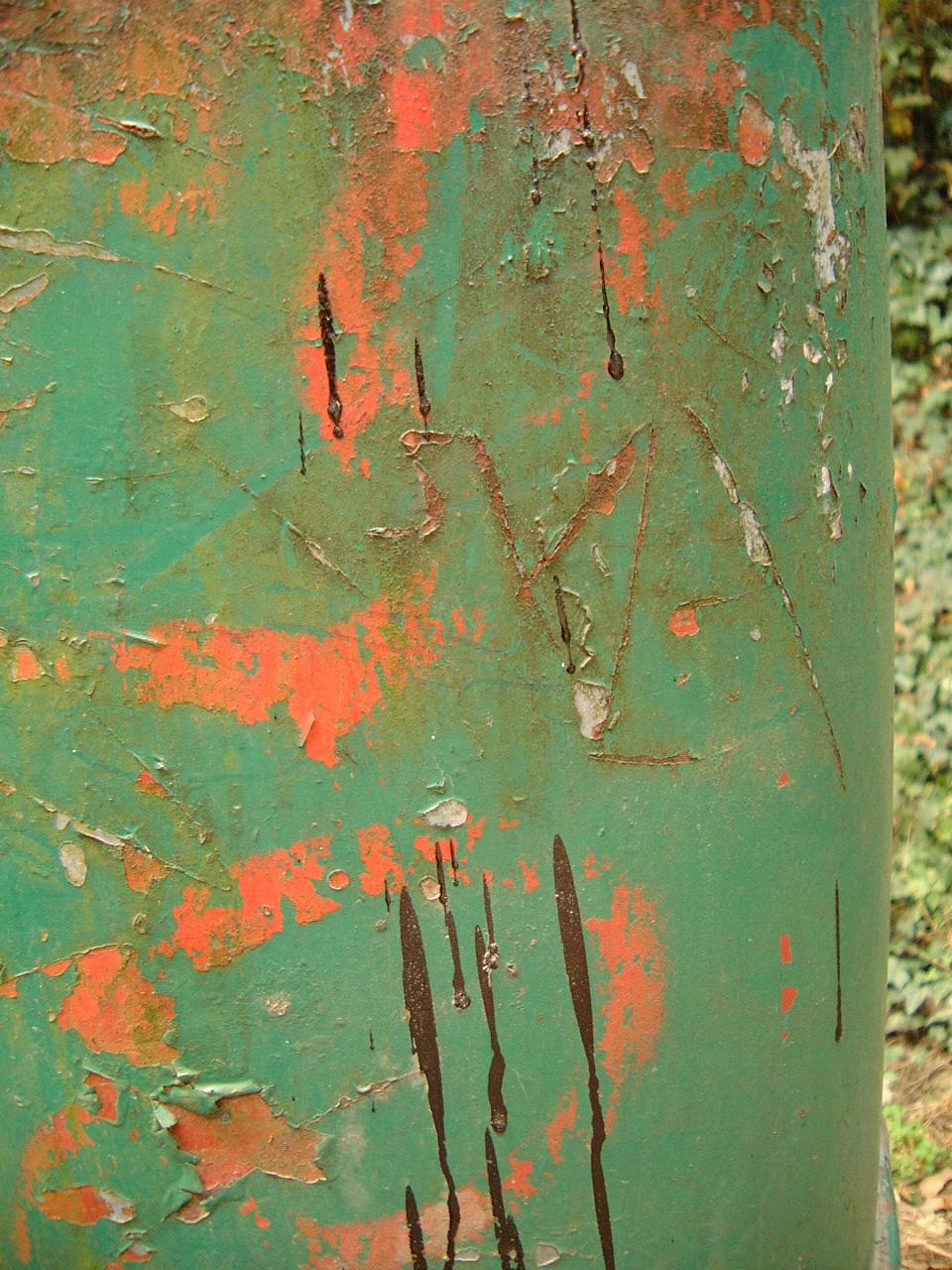 maartent rusty surface green old paint flacked metal steel