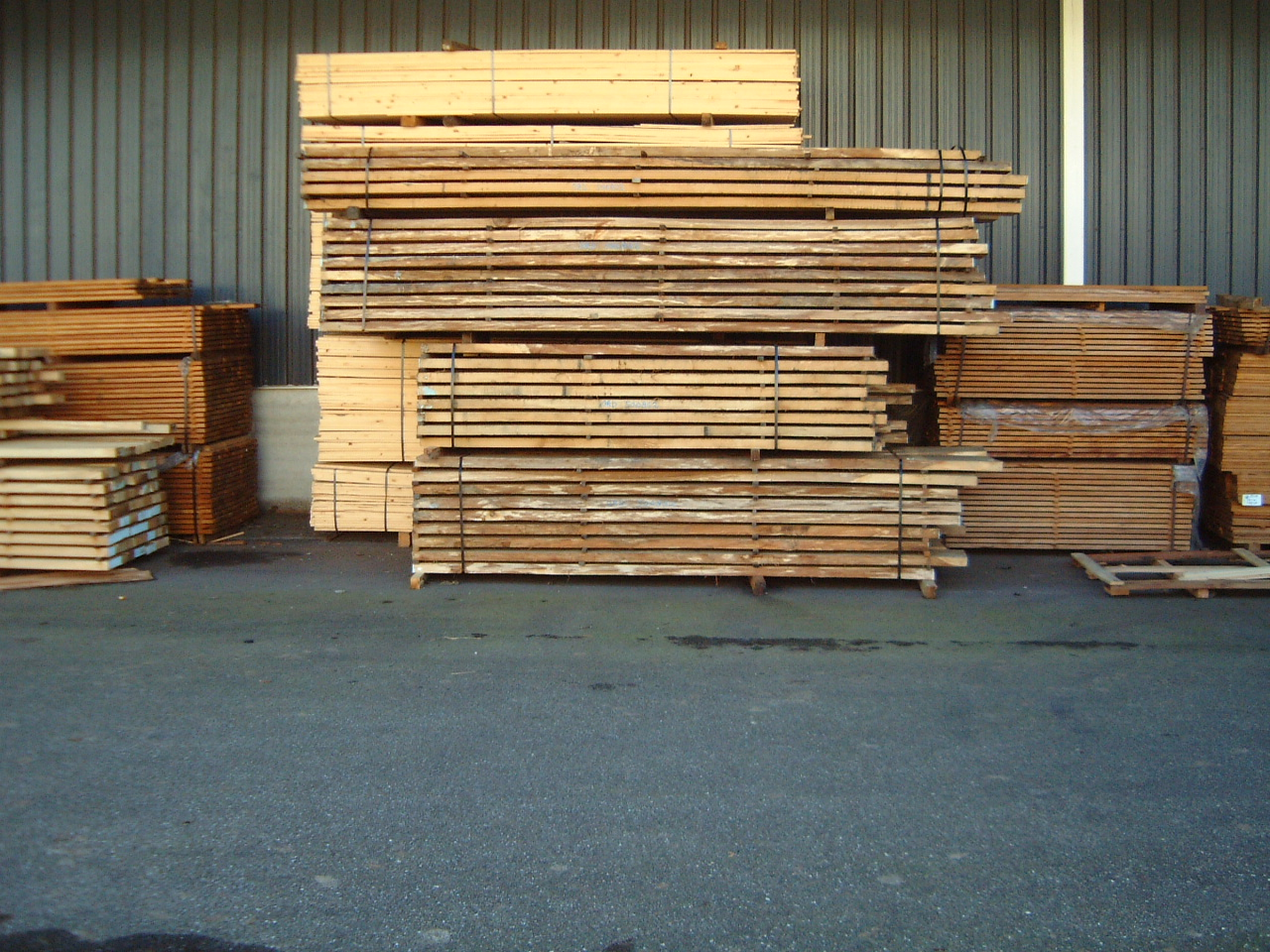 maartent wood planks stack timber
