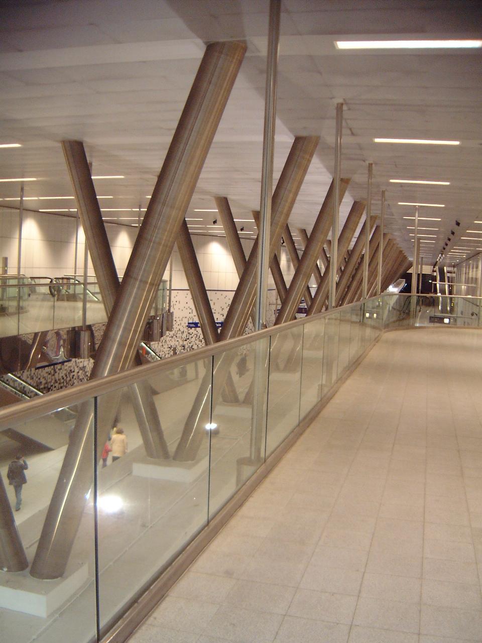 maartent walkway modern architecture building office steel