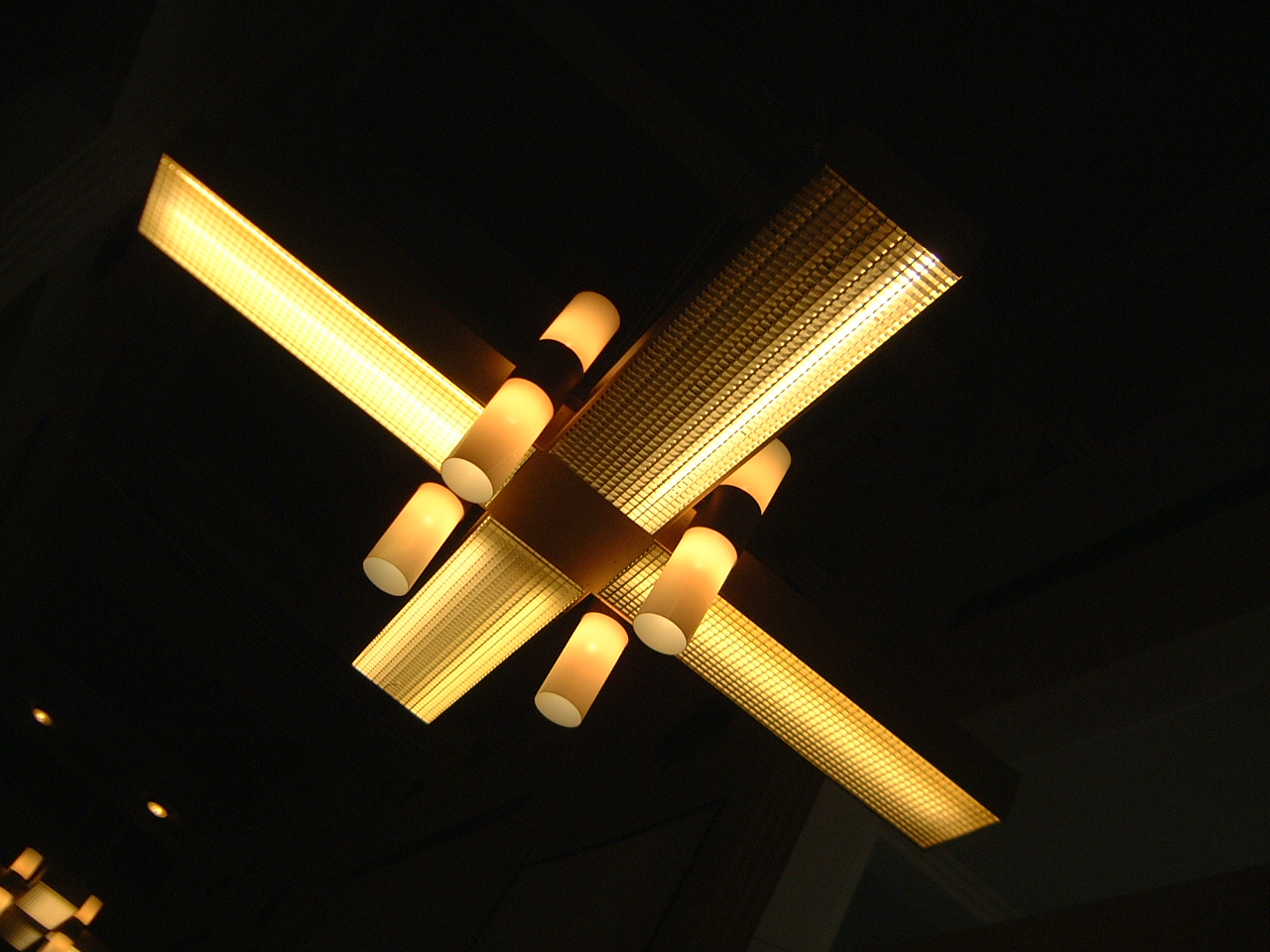 maartent design lamp light