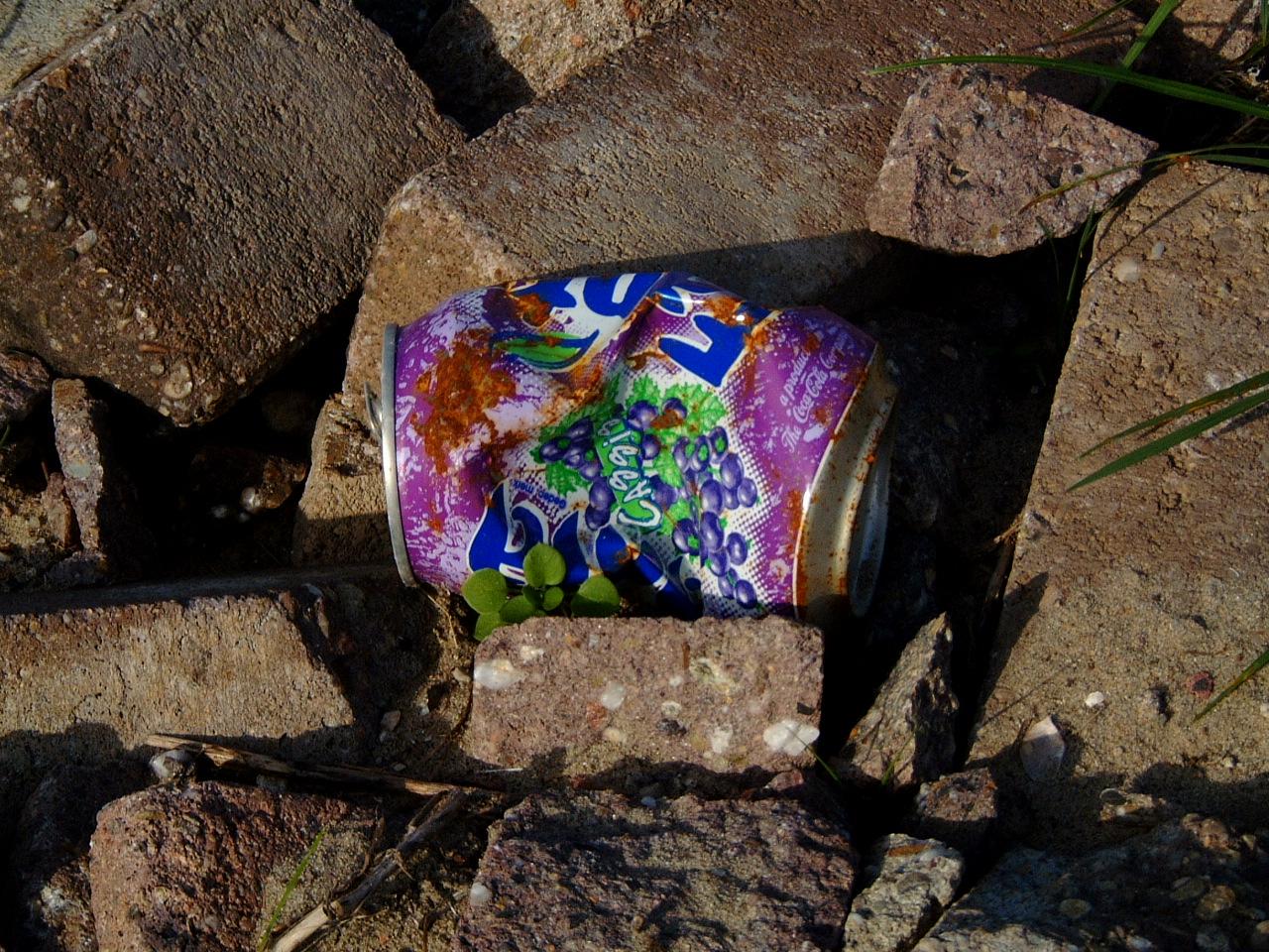 maartent fanta can crushed trash rubbish soda
