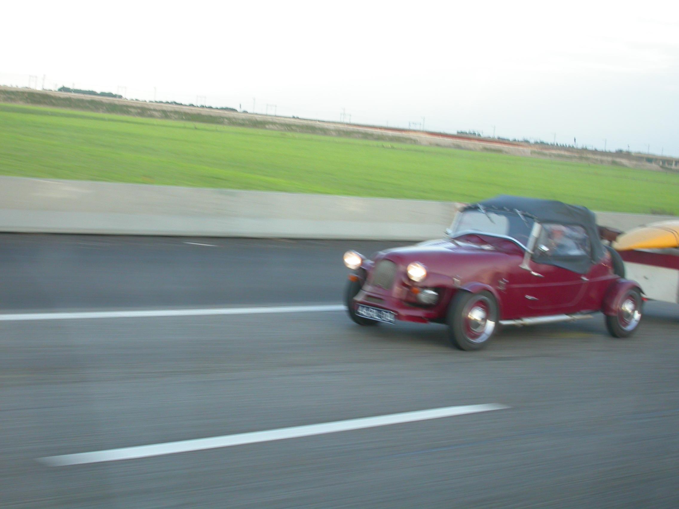paul car speed road highway motorway red fast
