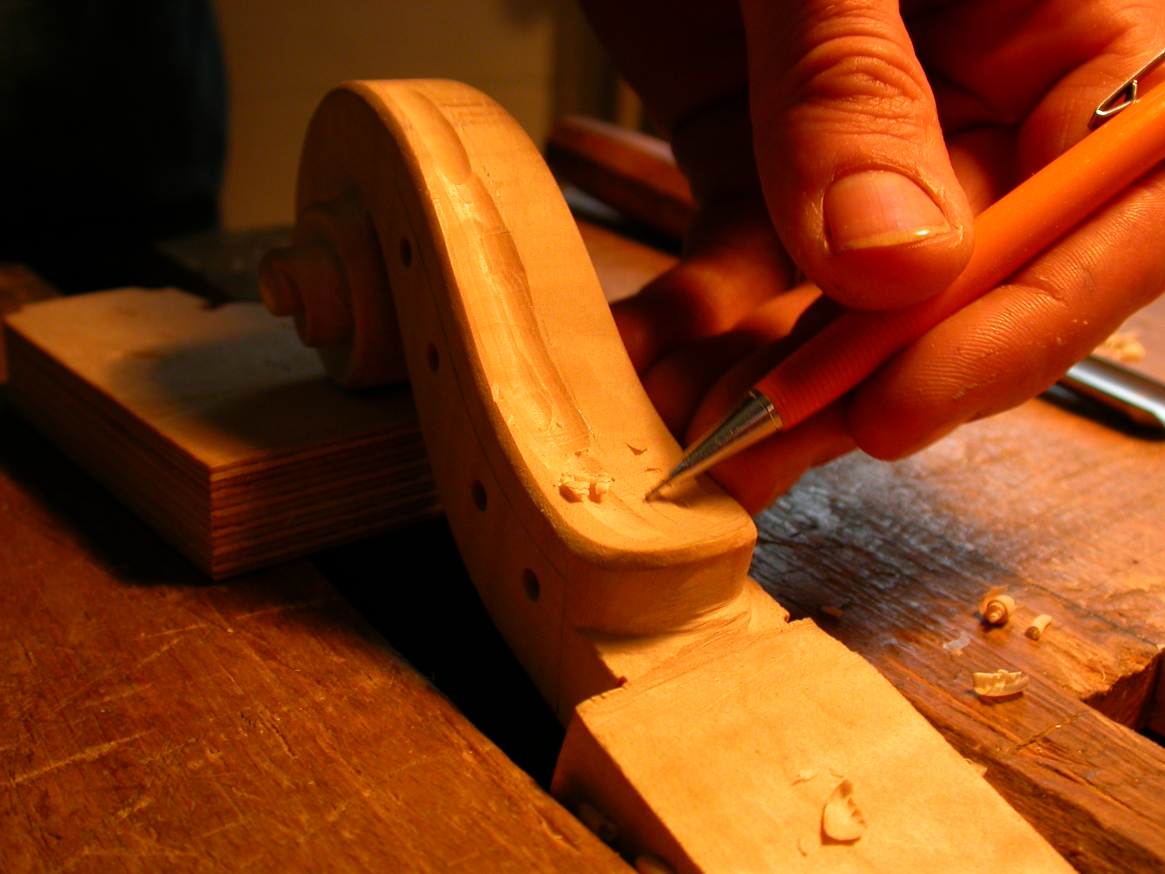 paul violin in the making wood crafy craftsman pen hand