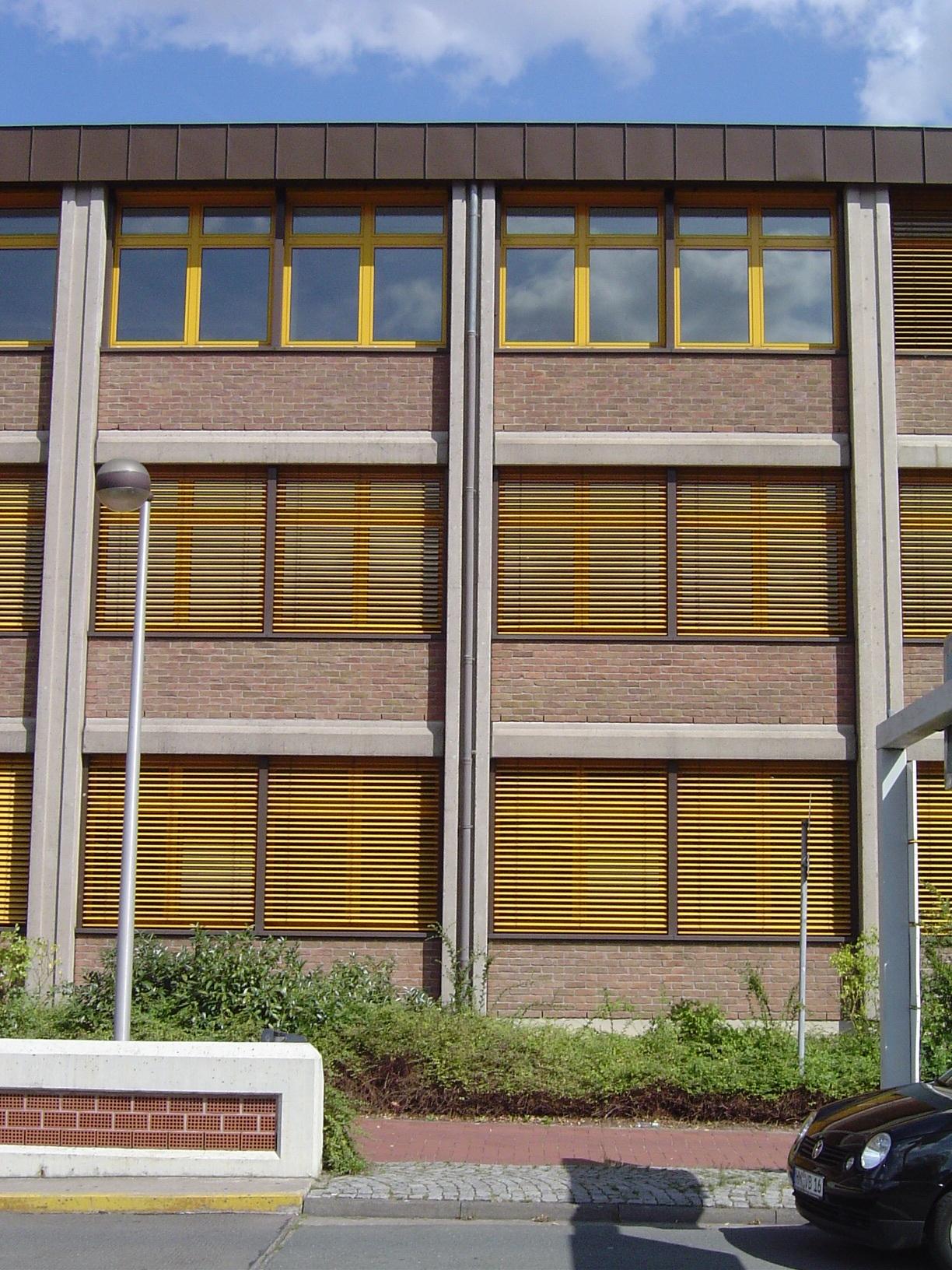 rigoletto office block windows shutters