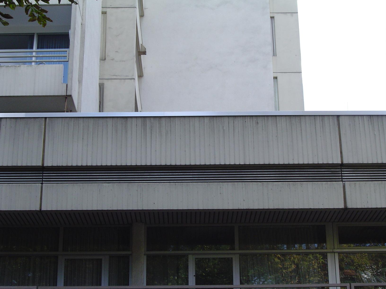 concrete facade building rigoletto