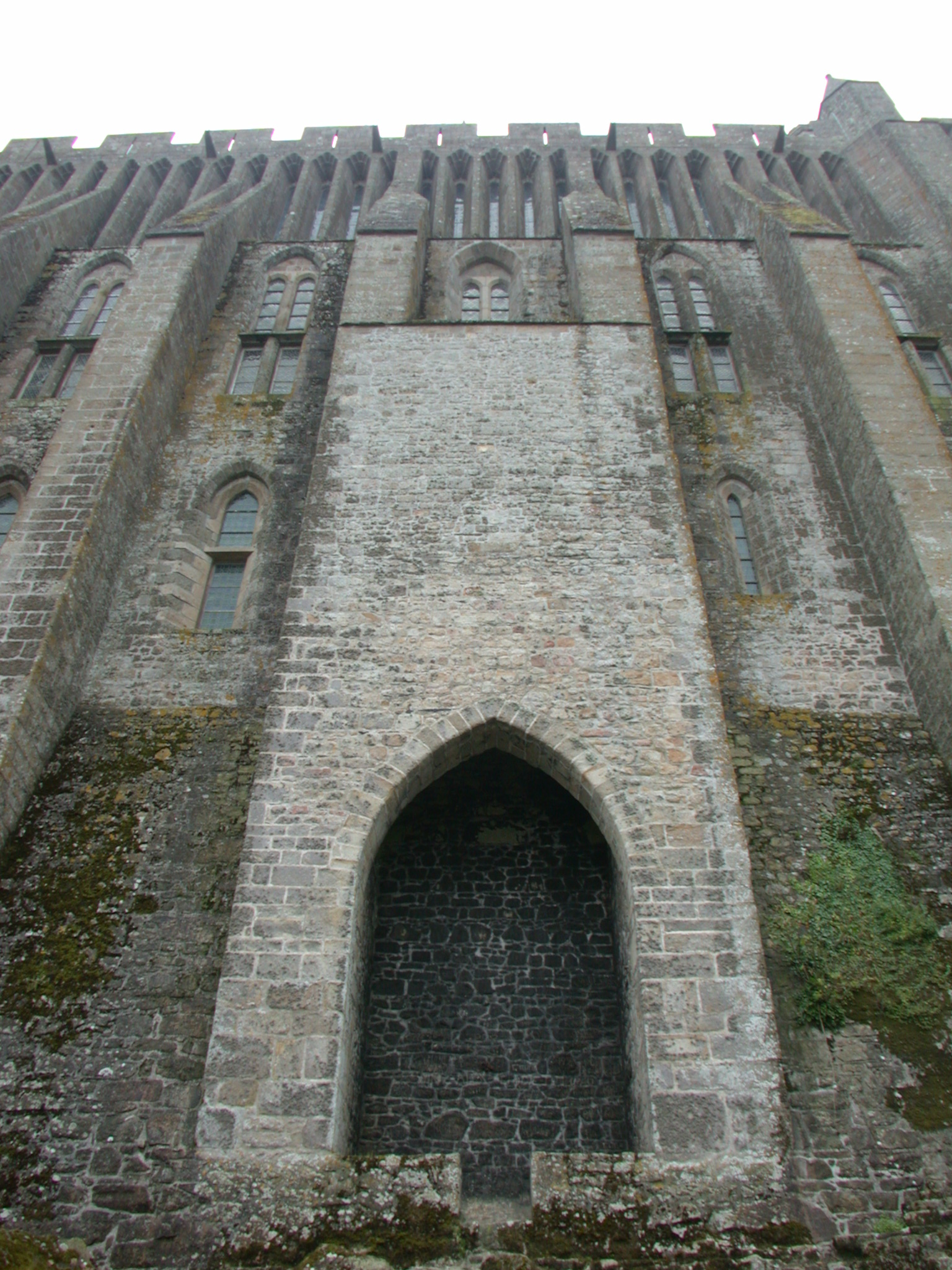 castle wall door arcs grey defence