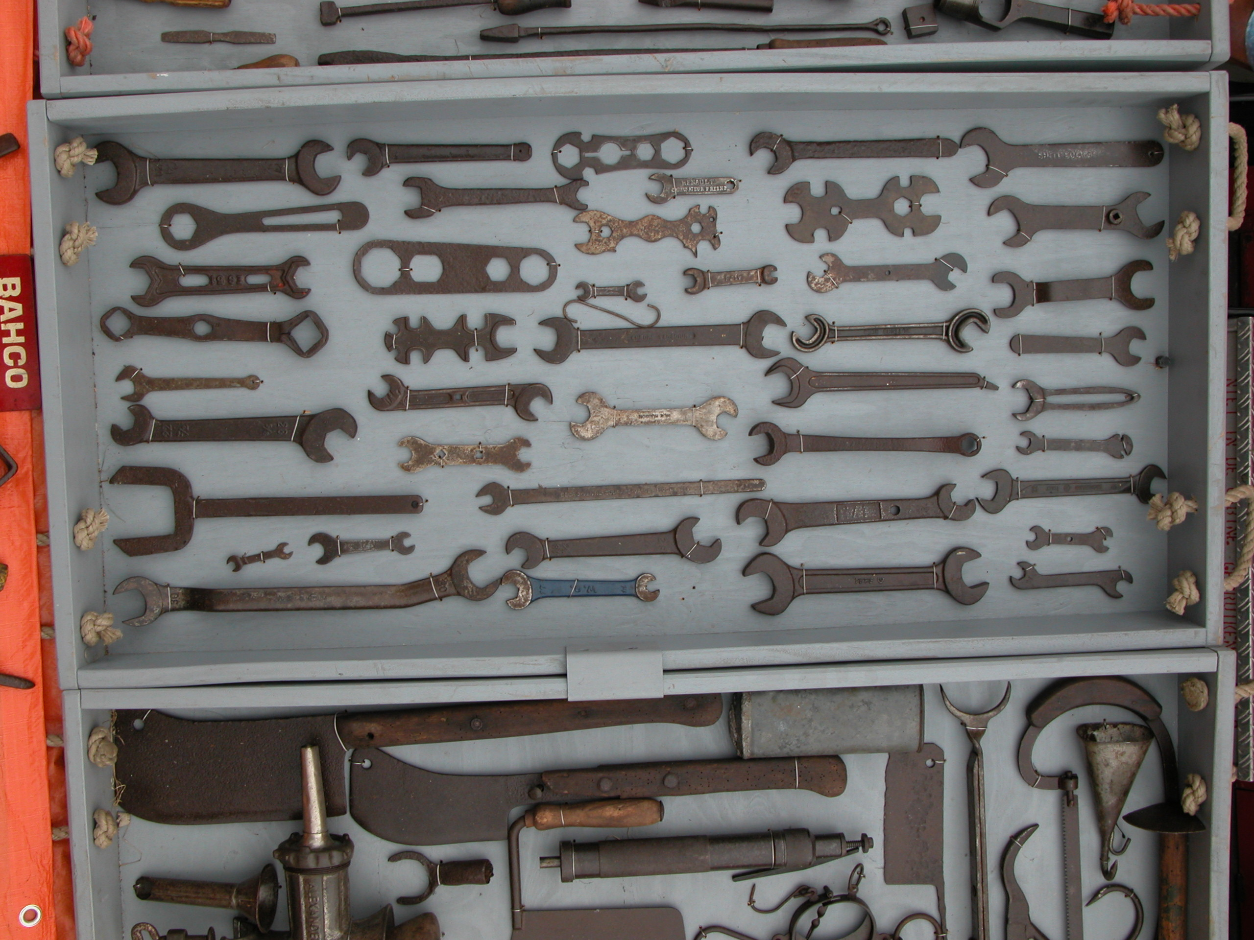 spanner spanners tools toolbox d.i.y.