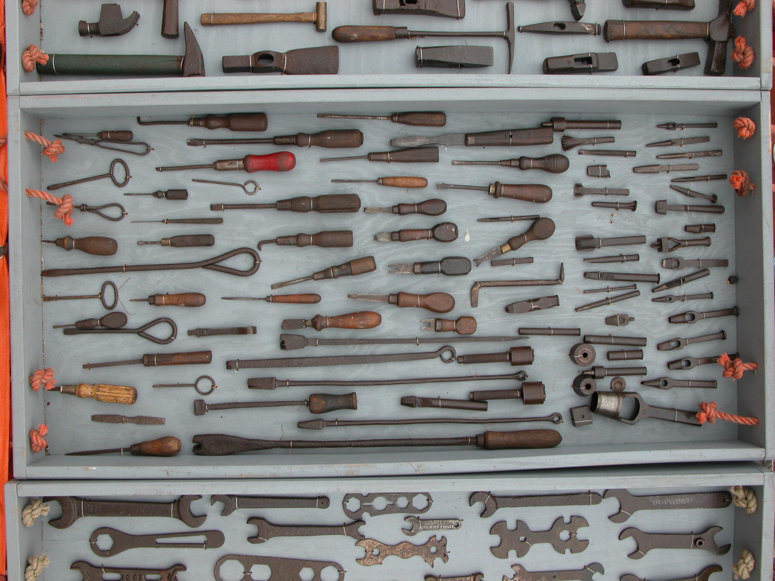 tool tools diy medieval torture instruments box