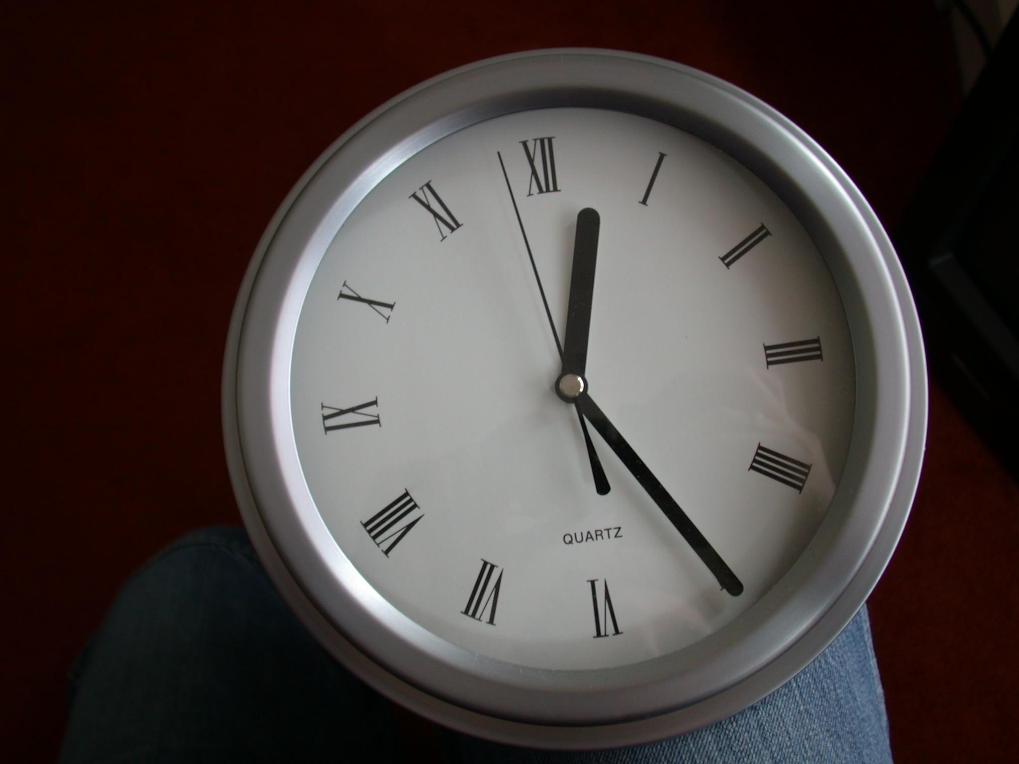 clock timepiece station watch horloge time timekeeping roman numerals