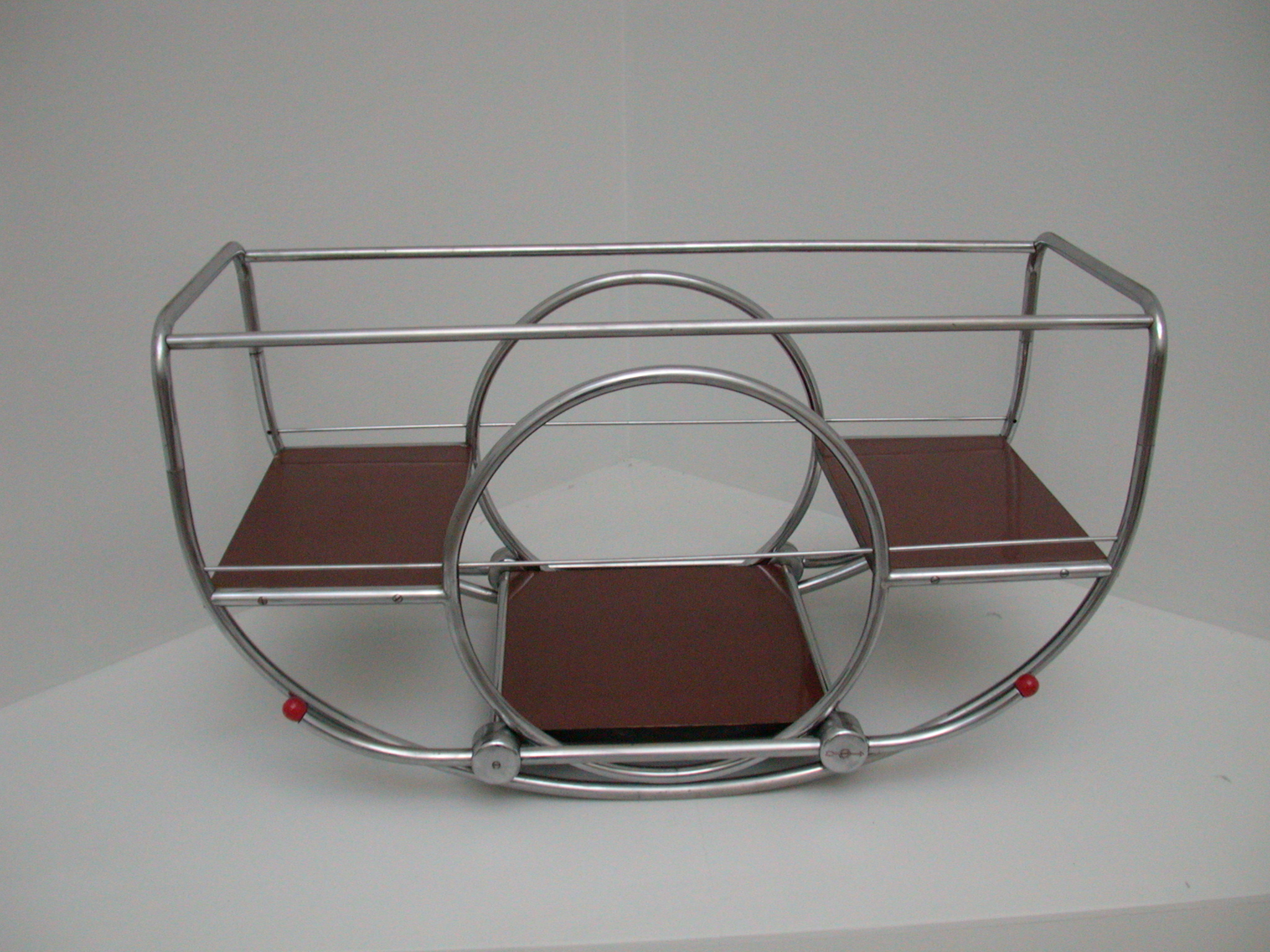 fruit bowl? missing cart from a fairground attraction or art