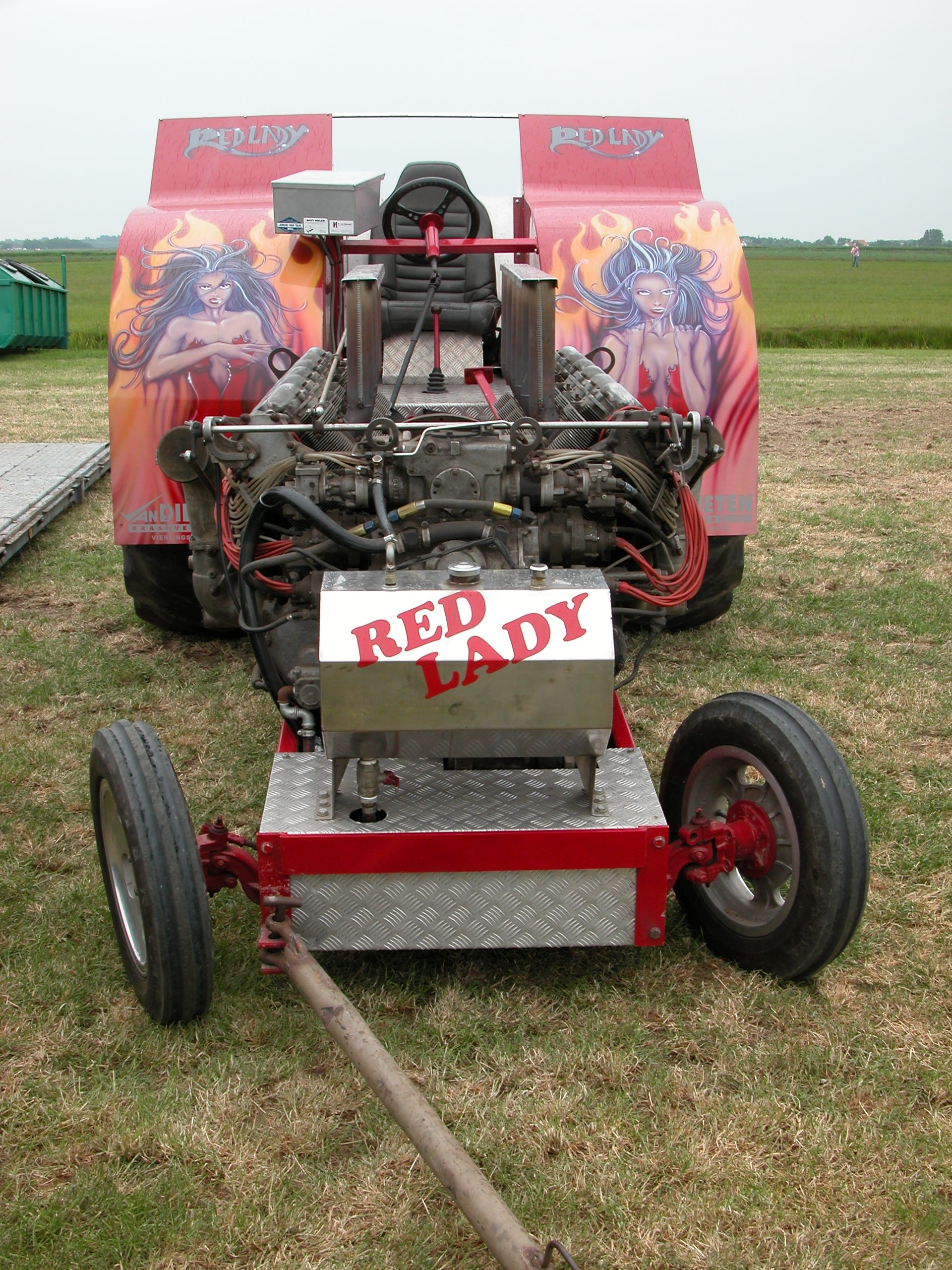 racing tractor pull speed hotrod engine