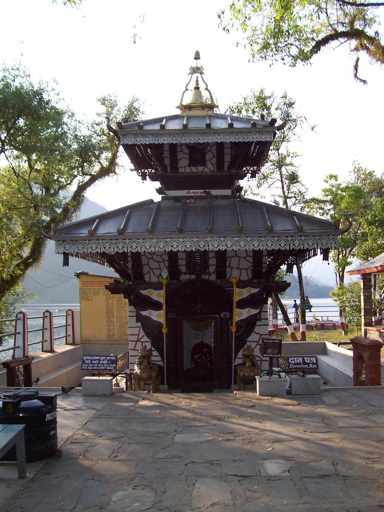 annet little asian shrine temple traditional architecture