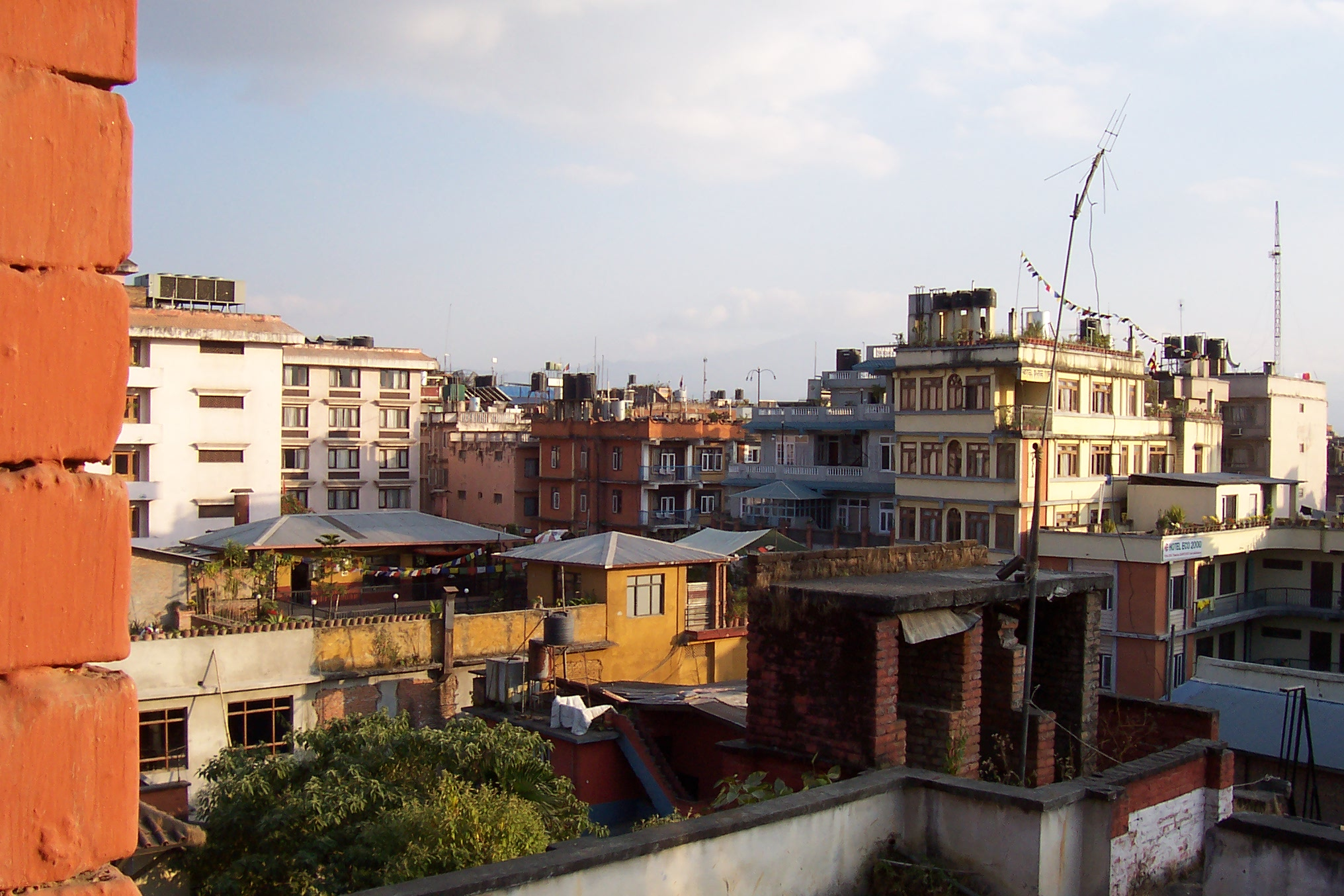 annet houses roofs view colors city