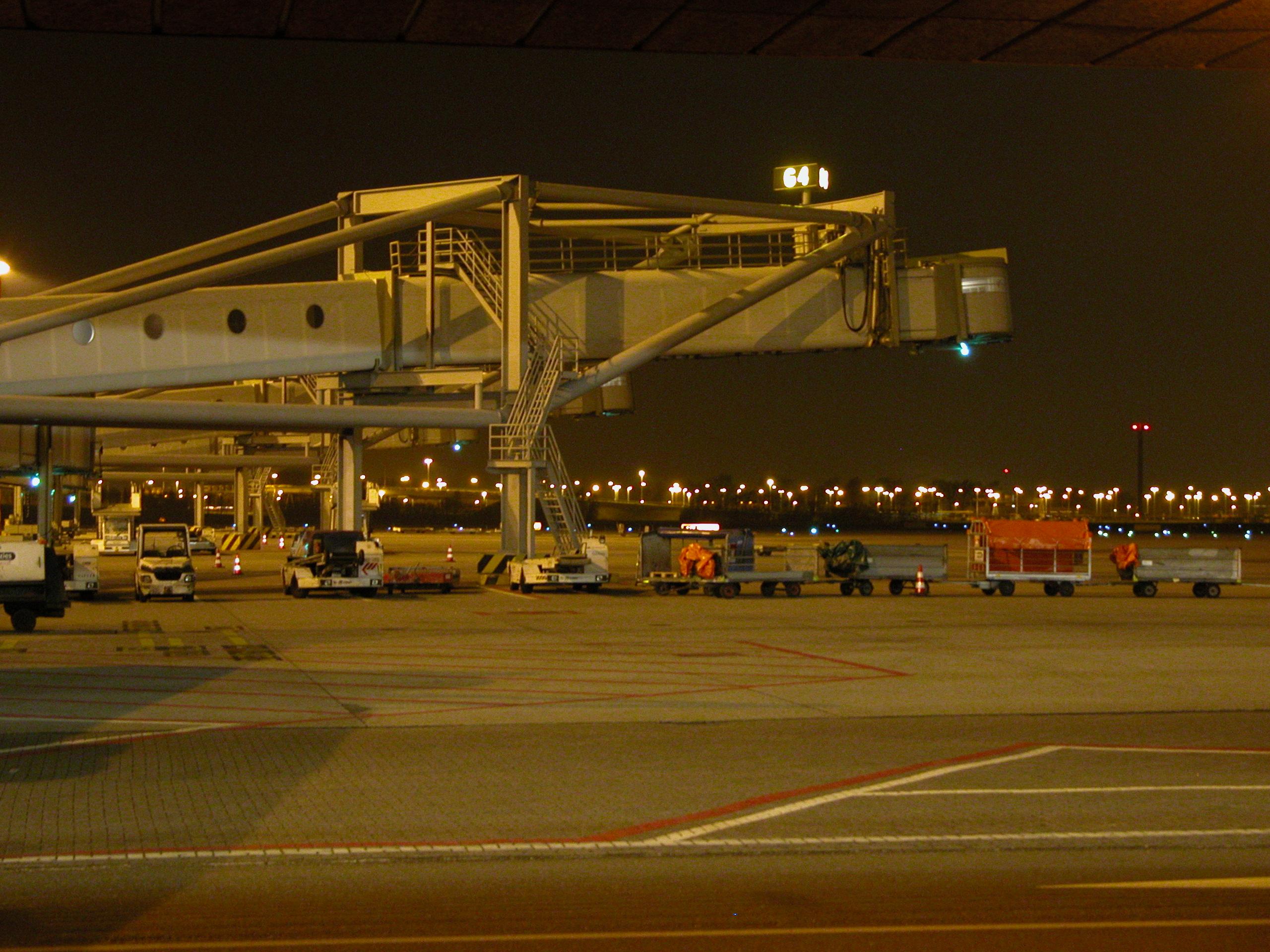 bus de nuit airport lyon