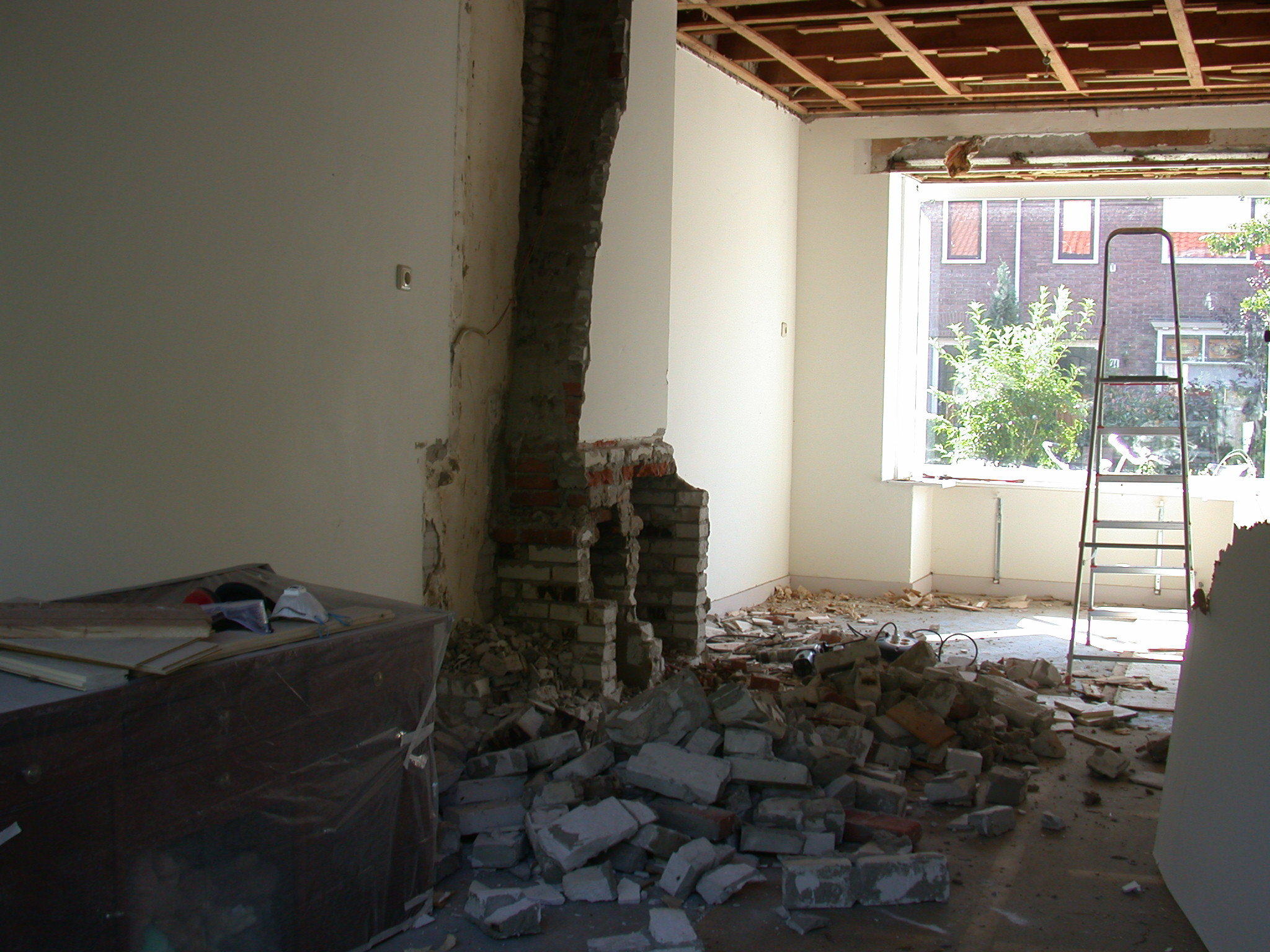 architecture interiors houseredecoration redecoration rebuild demolish demolished rubble room home