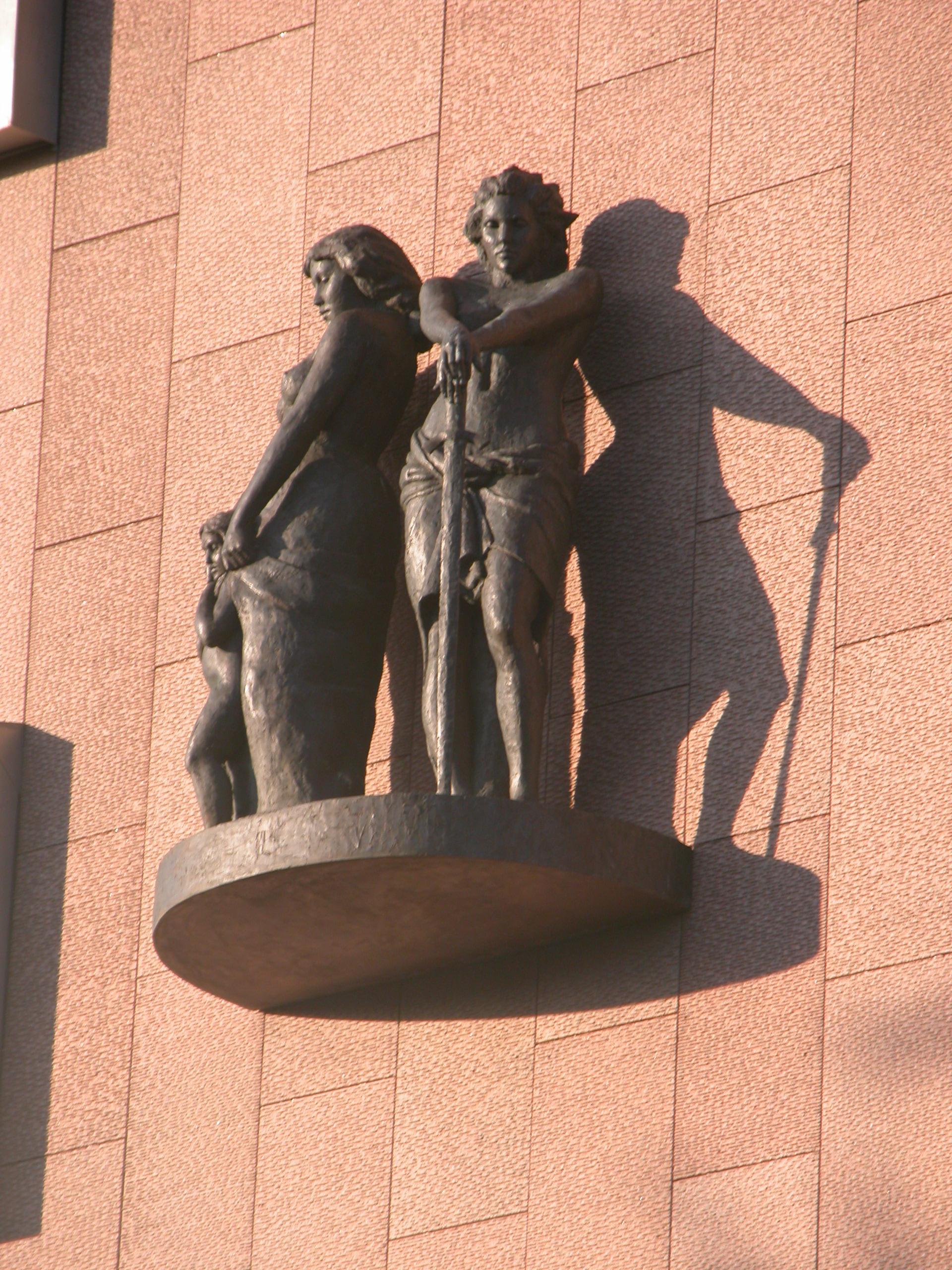 sculpture statue woman women