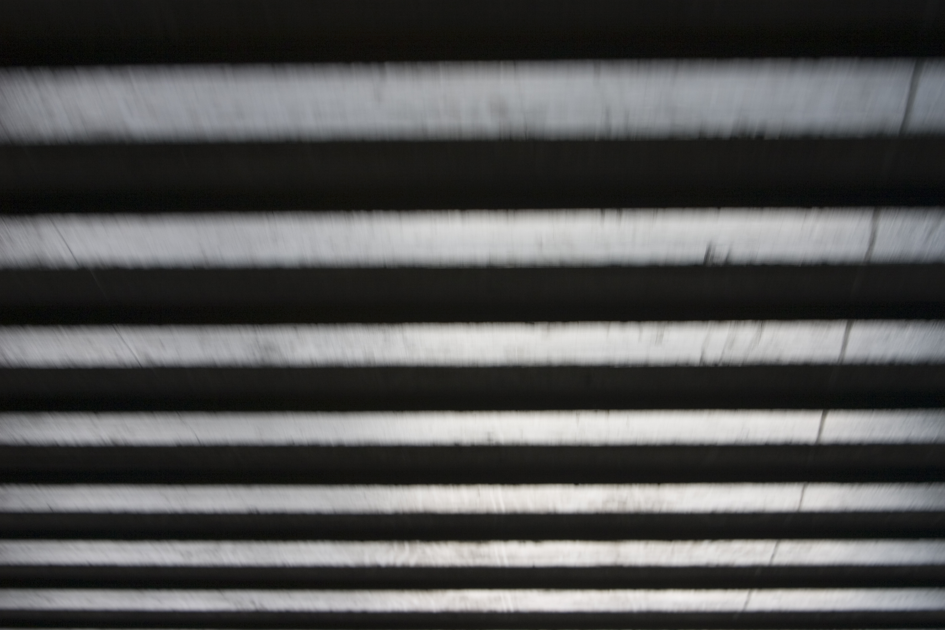 beams speed blur