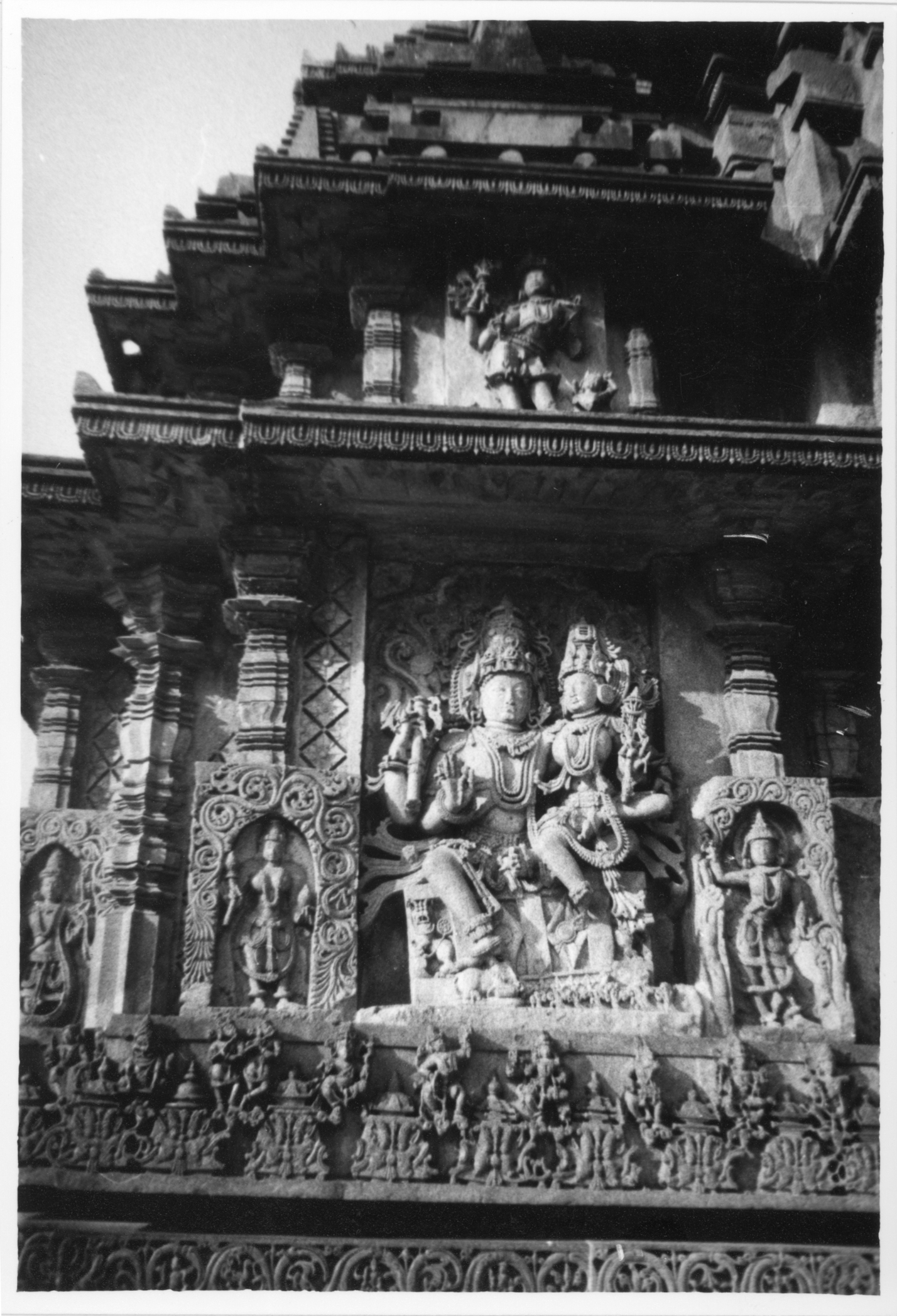 iuliana indian thai burmese hindu statues temple orient oriental