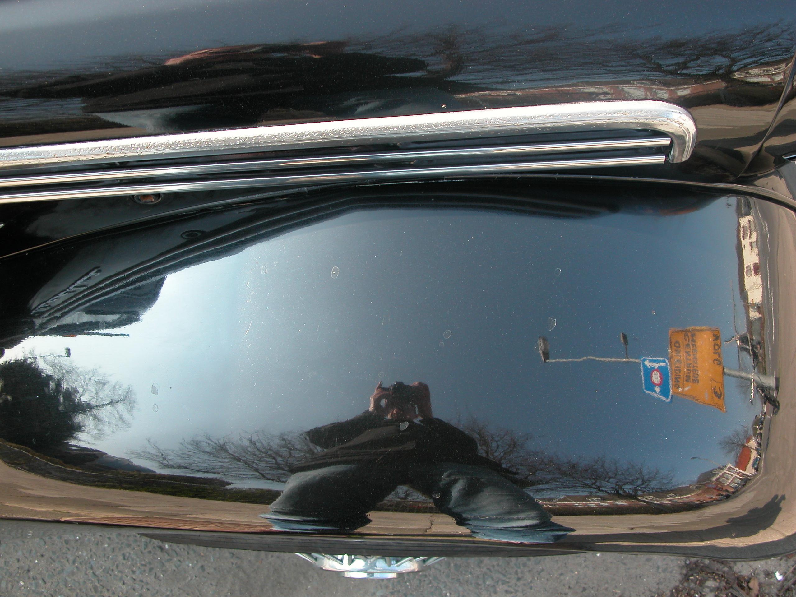 reflection oldtimer car