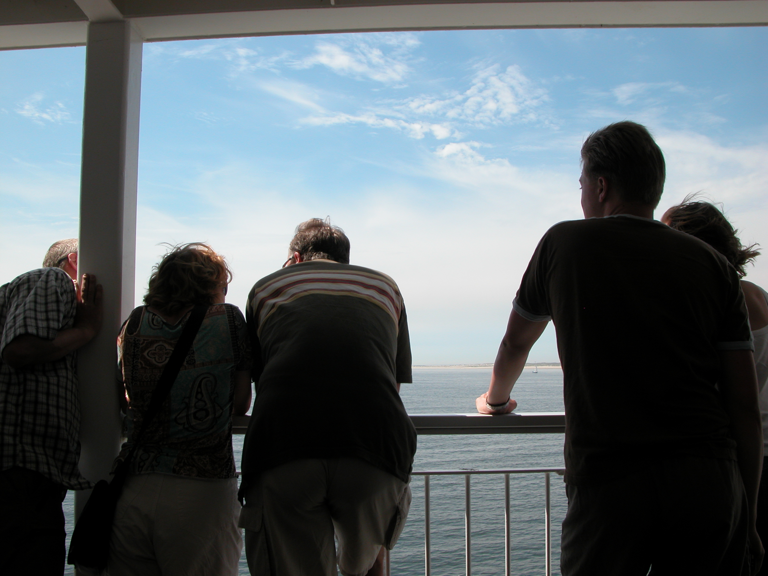 nature characters humanoids tourists on boat to texel backs silhouette silhouettes