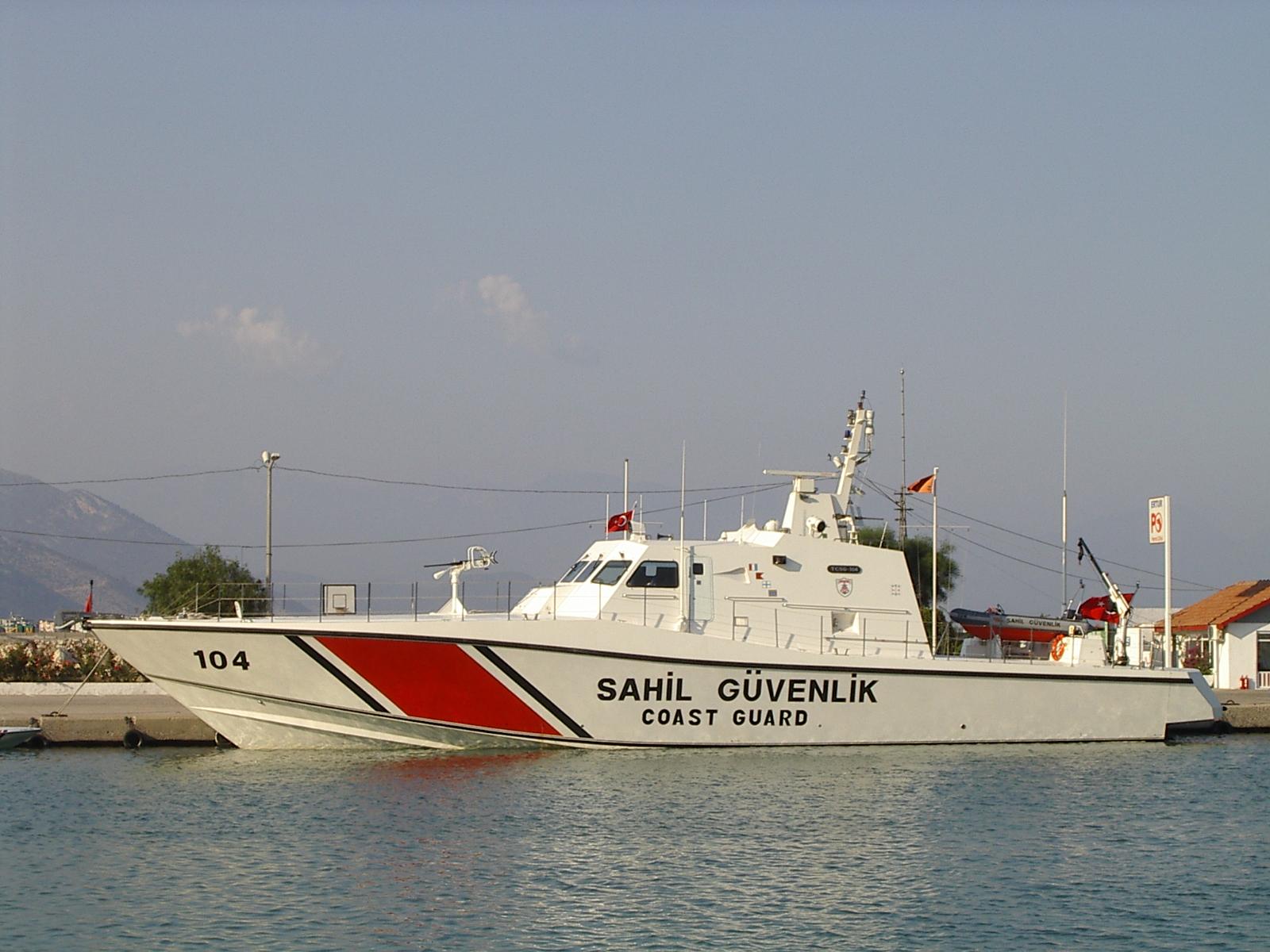 j_d coast gurad turkey turkish boat speed white red