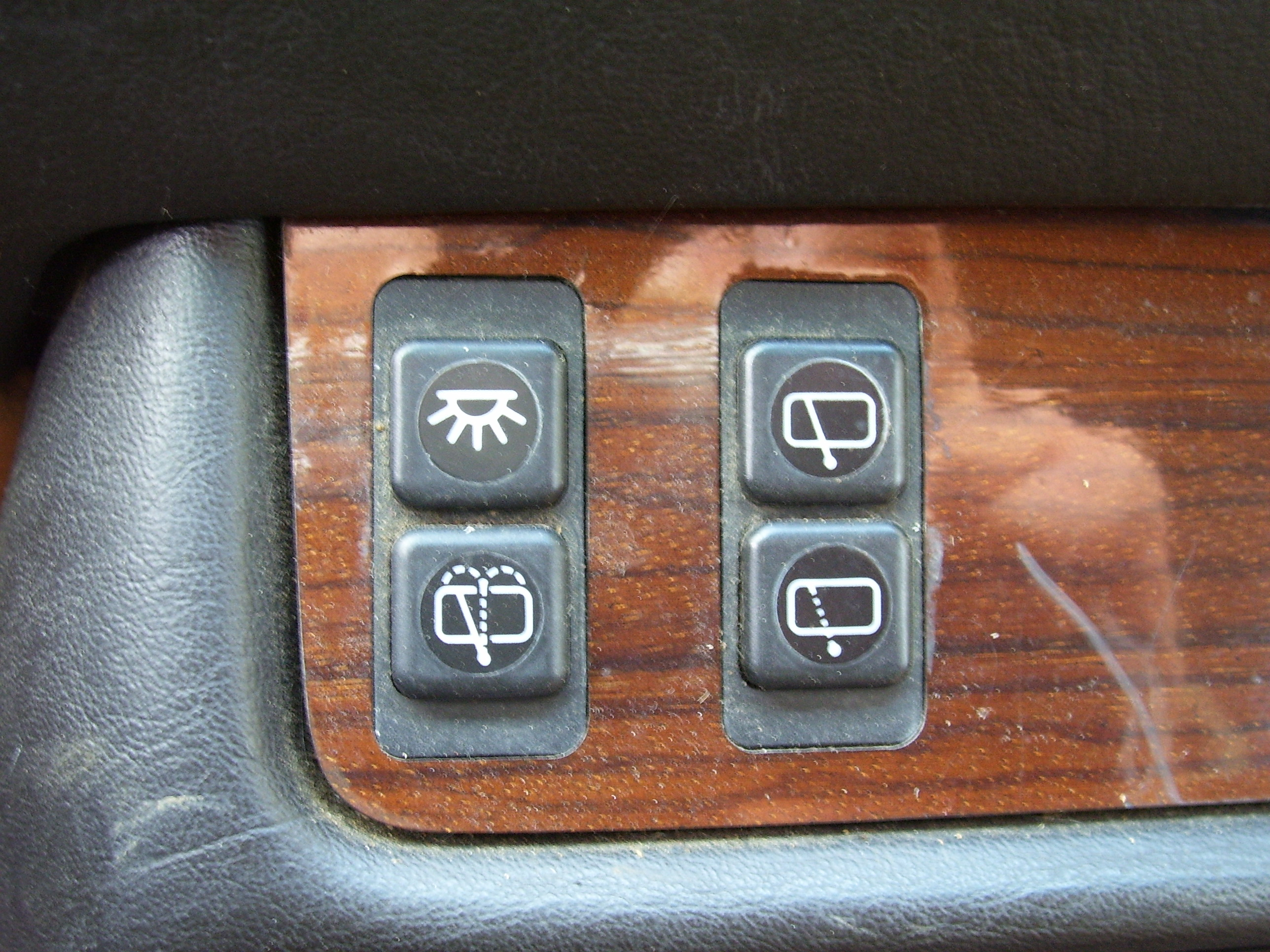 makkes dashboard buttons switches