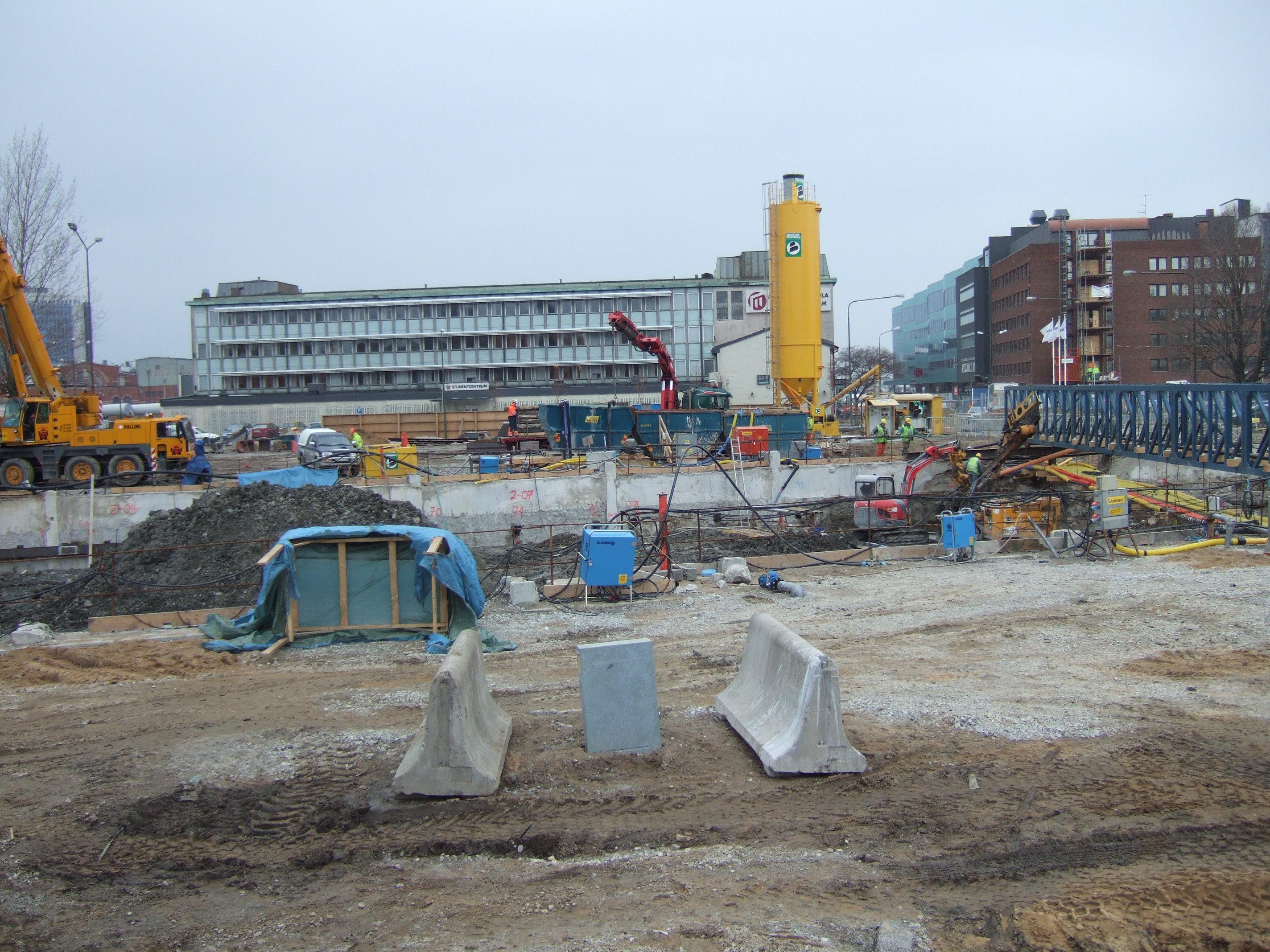 tabus building site construction crane city