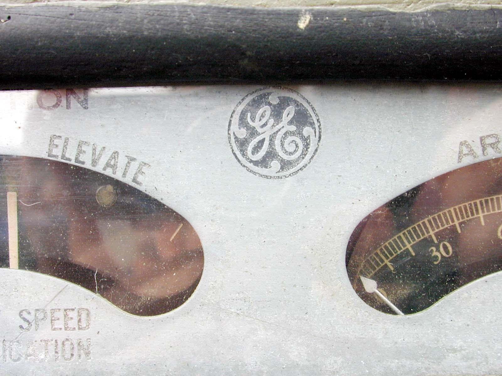 gaughe mete needles display speed elevation