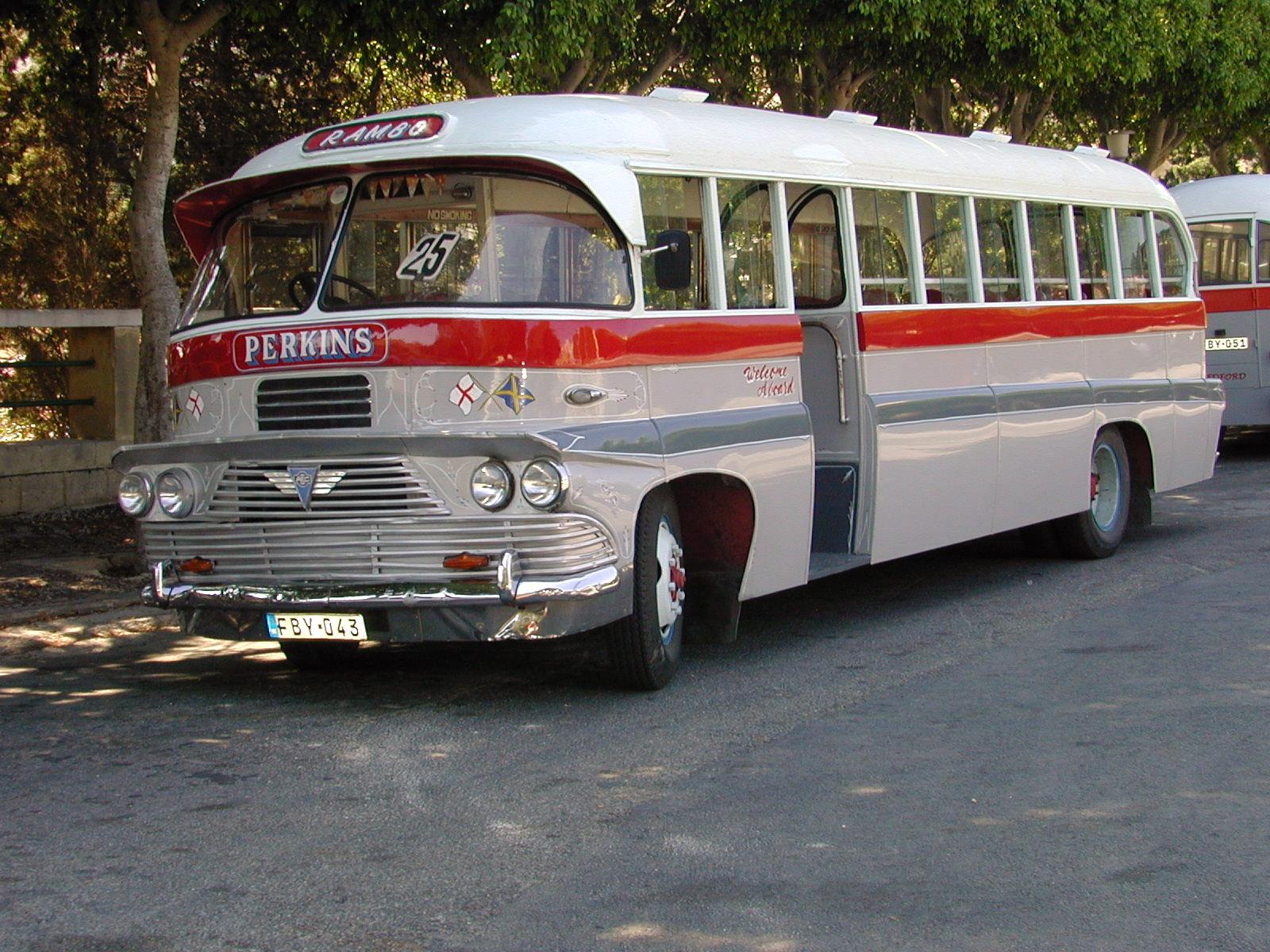 lyon city bus itineraire