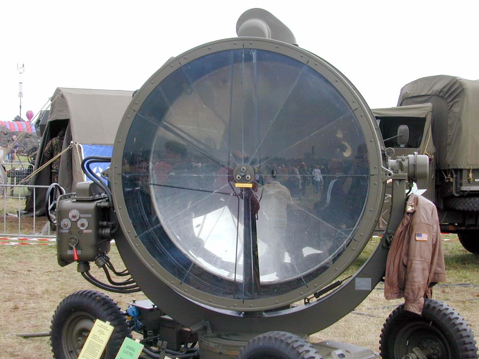 spotlight searchlight world war 2 II ww2 wwii army green bright light