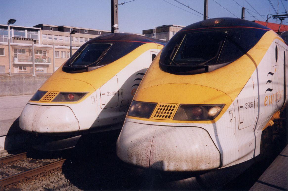 trains train tgv train grand vitesse high speed front