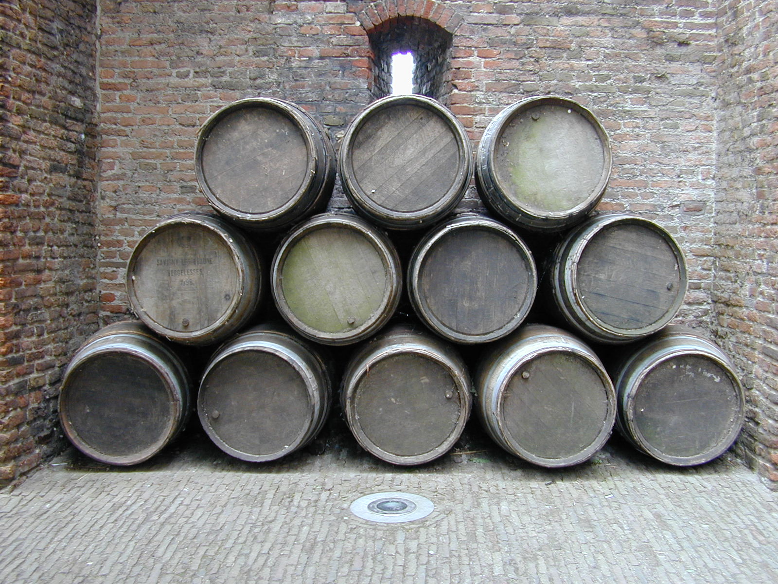 barrel barrels pile object circle circles wood texture top