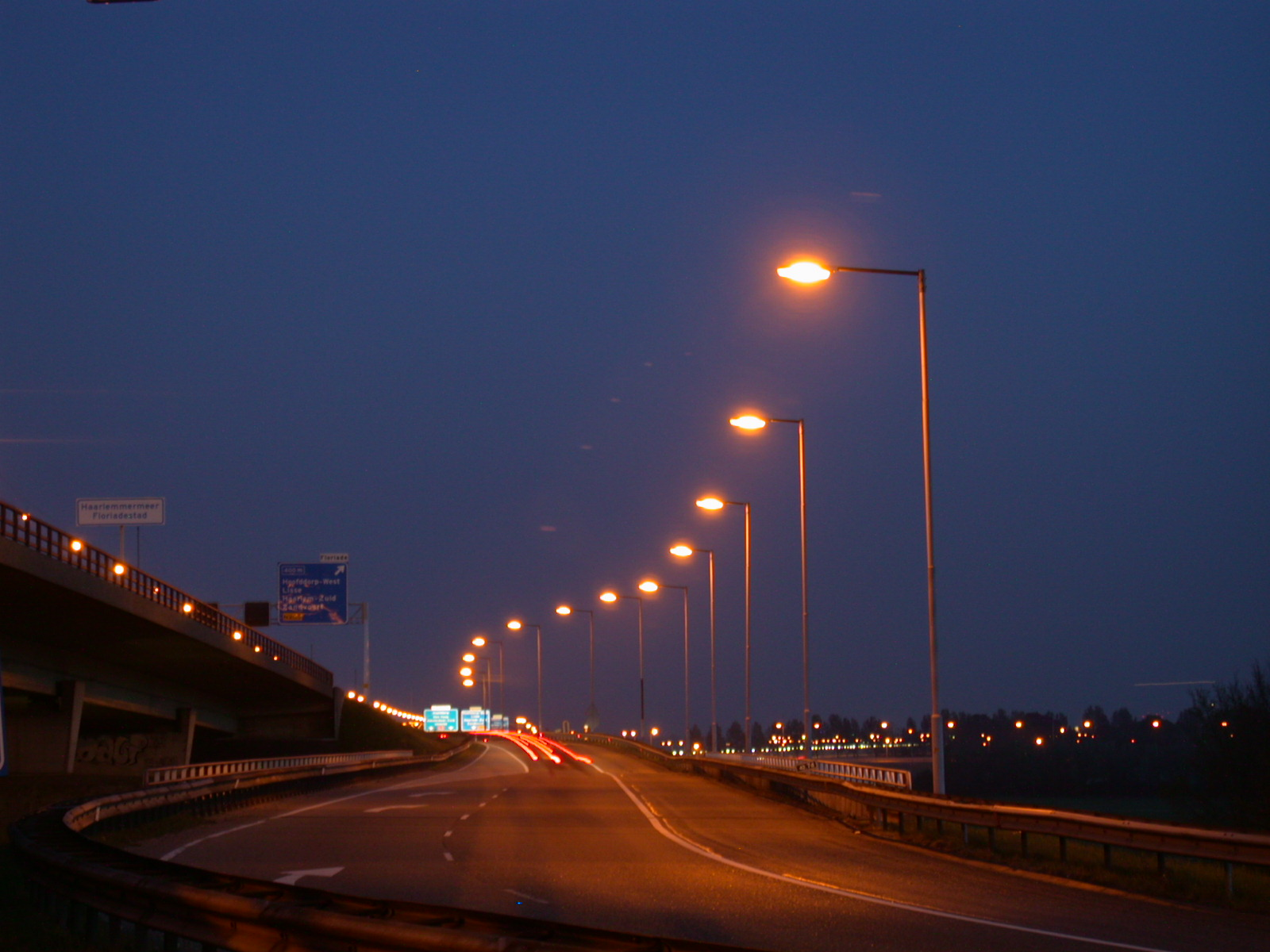 highway night taillights lightfx road nature landscapes roadscape traffic haarlem lamppost lampposts roadsign roadsigns